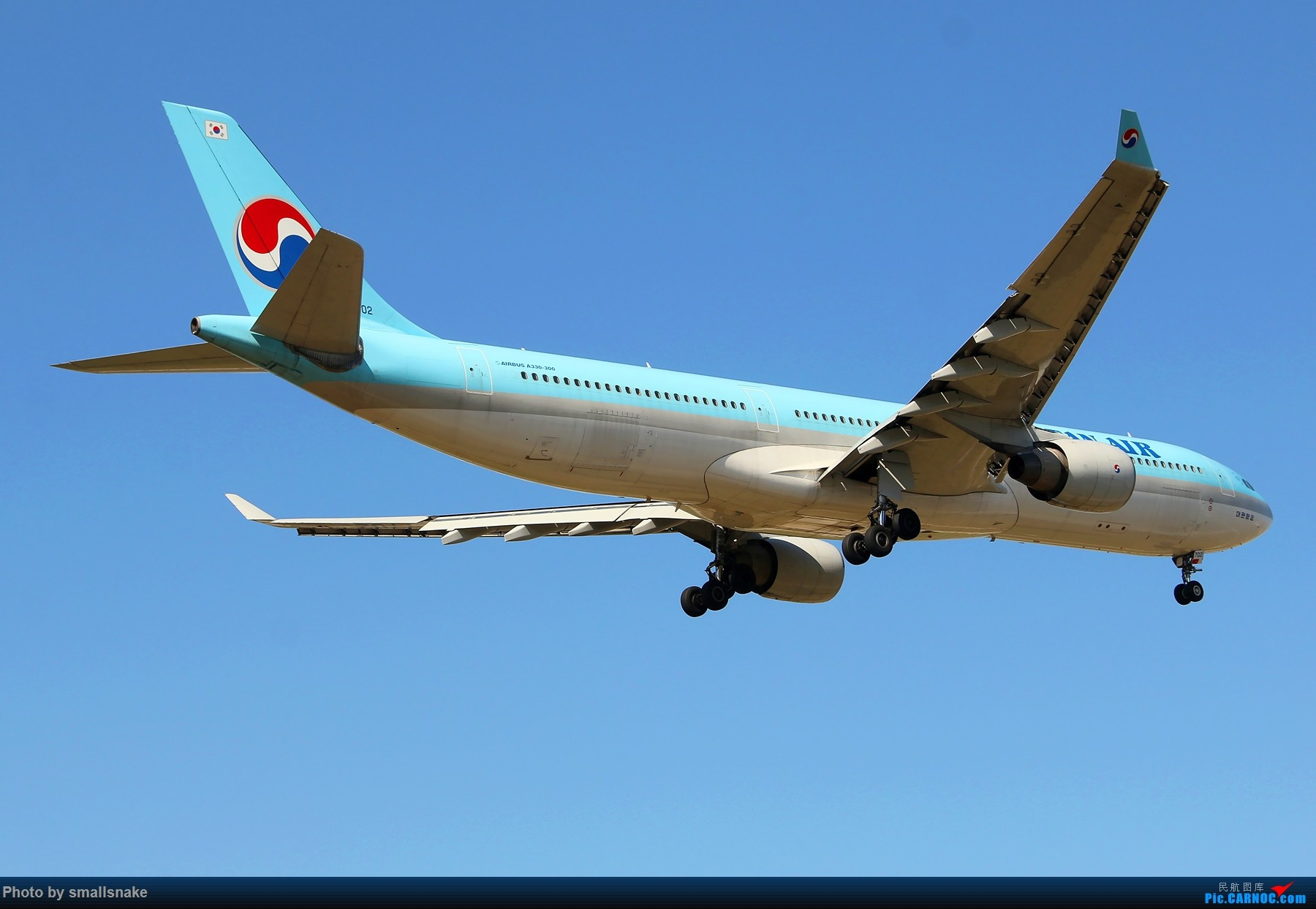 Re:机压图,CAN拍机... AIRBUS A330-300 HL7702 广州白云国际机场