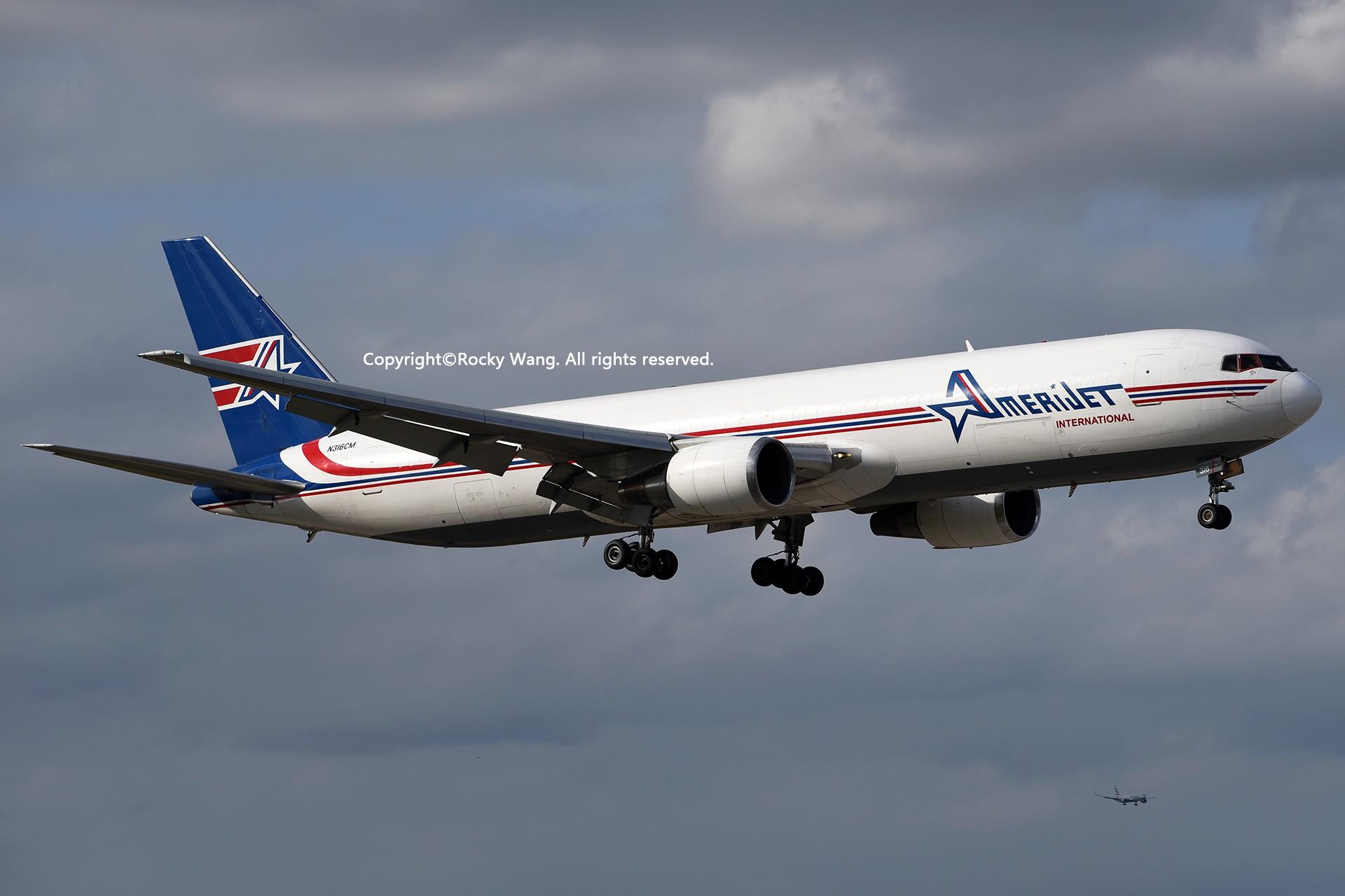 Re:[原创]KMIA 30图 BOEING 767-338(ER)(BDSF) N316CM Miami Int'l Airport