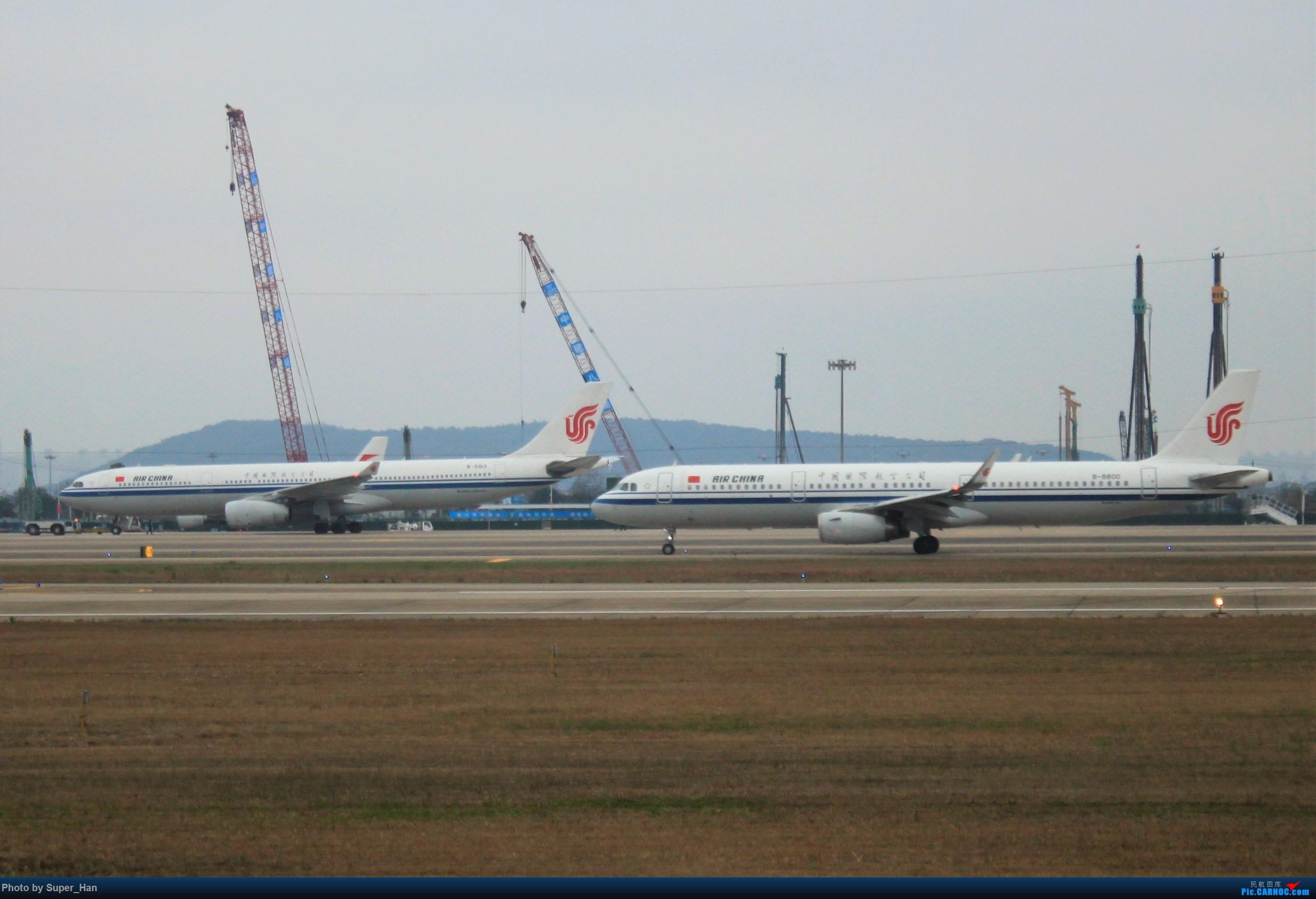 Re:[原创]0208HGH转悠 AIRBUS A321-200 B-8800 中国杭州萧山国际机场