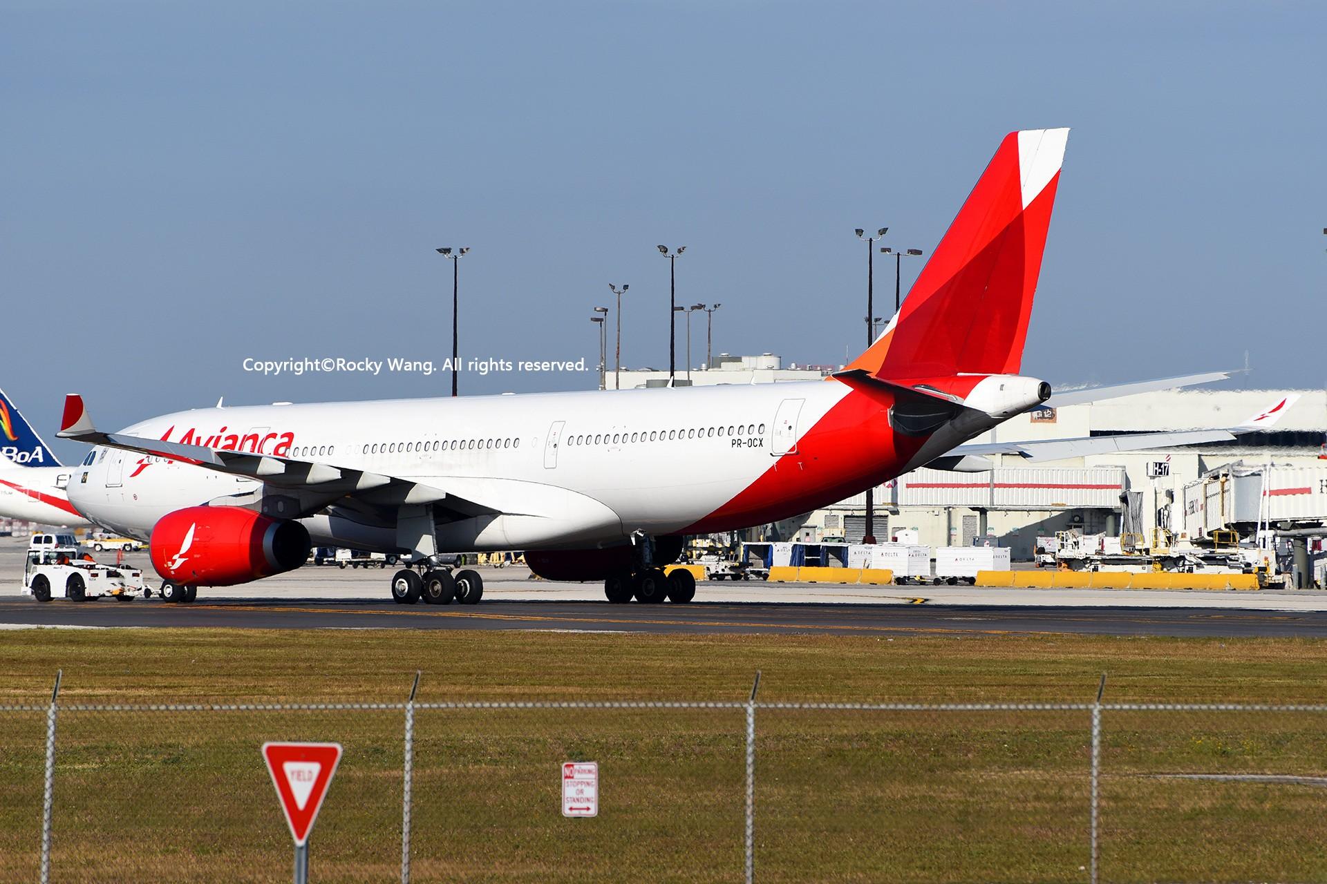 Re:[原创]KMIA 30图 AIRBUS A330-243 PR-OCX Miami Int'l Airport