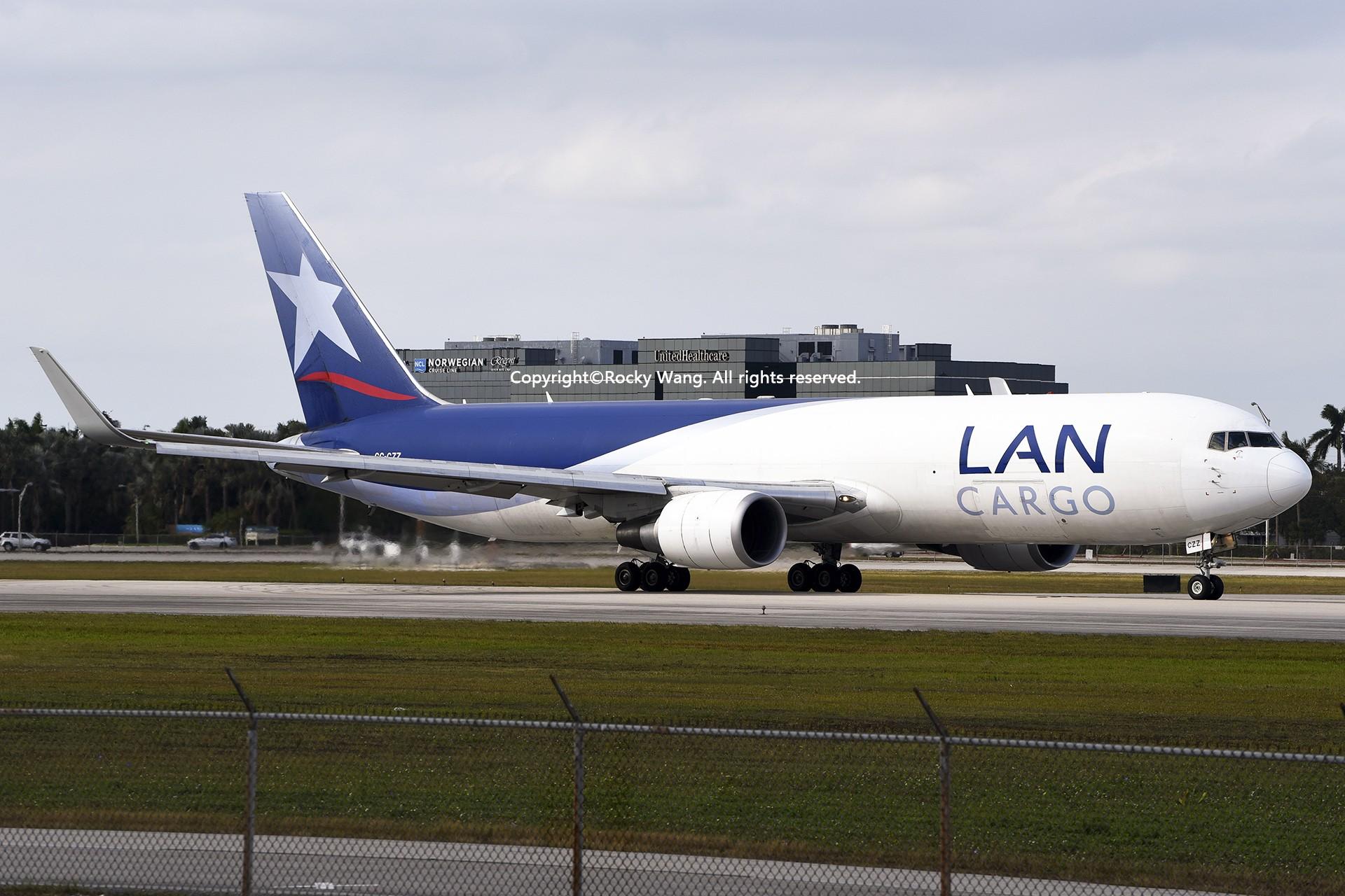 Re:[原创]KMIA 30图 BOEING 767-316F(ER) CC-CZZ Miami Int'l Airport