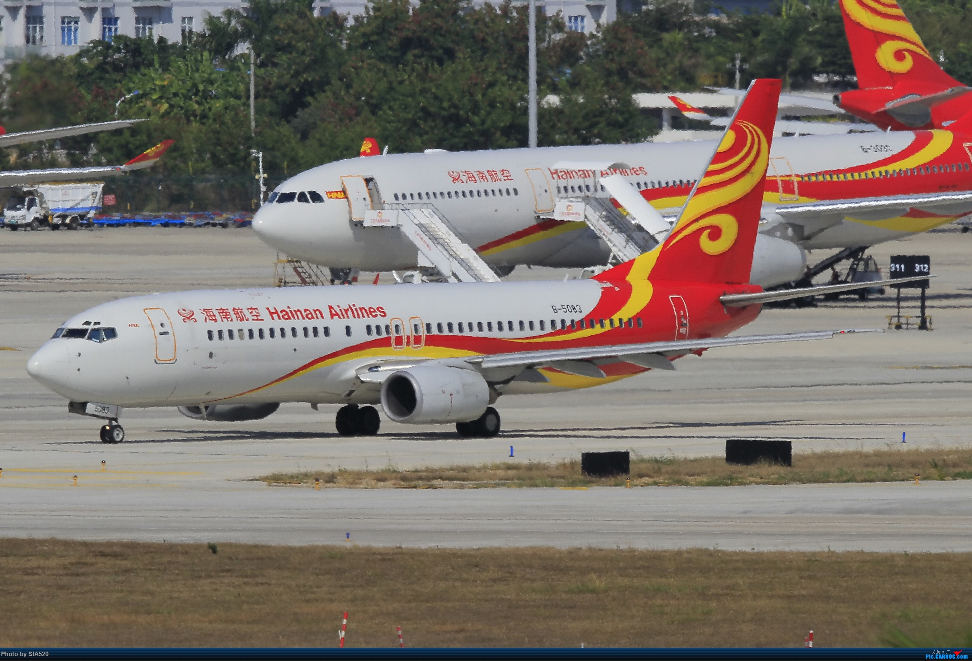 Re:[原创]北京人儿在三亚—600mm解锁凤凰 BOEING 737-800 B-5083 中国三亚凤凰国际机场