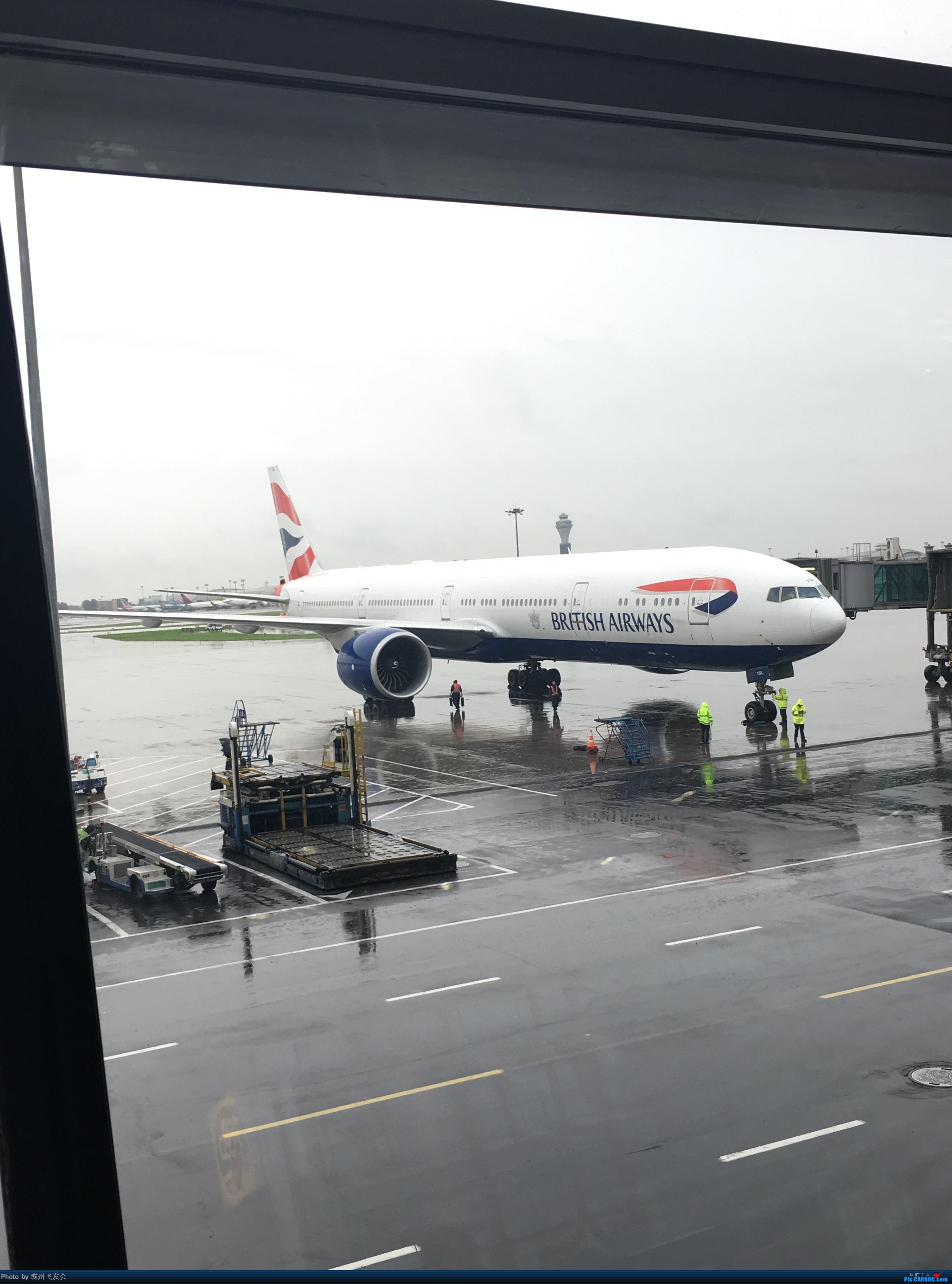 Re:[原创]~骚年飞行篇~补充半年前的香港之路,国航CA111 PEK-HKG,有幸坐到大擦第50架77W BOEING 777-300ER G-STBL 中国北京首都国际机场