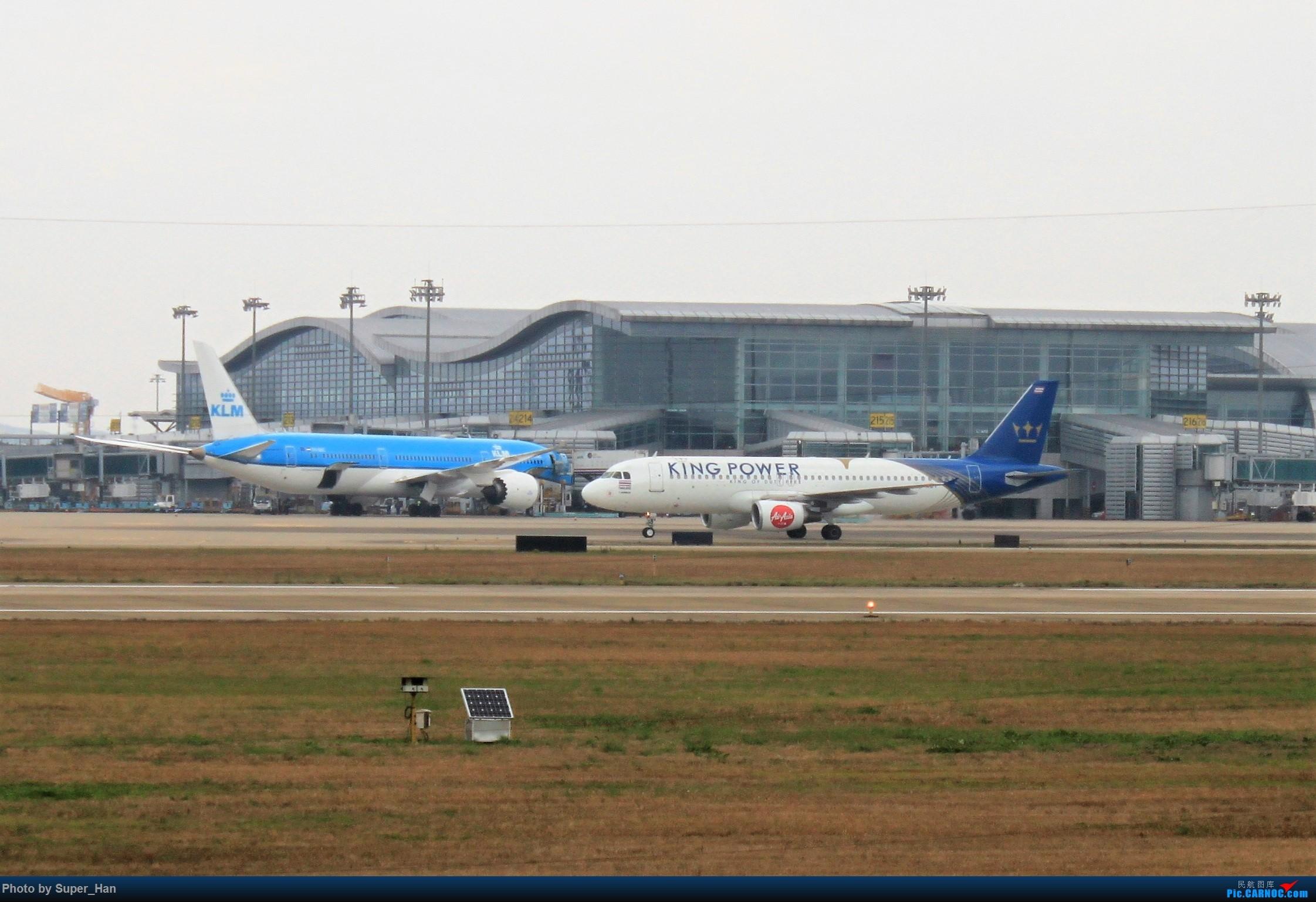 Re:[原创]0217再访HGH AIRBUS A320-200 HS-ABT 中国杭州萧山国际机场