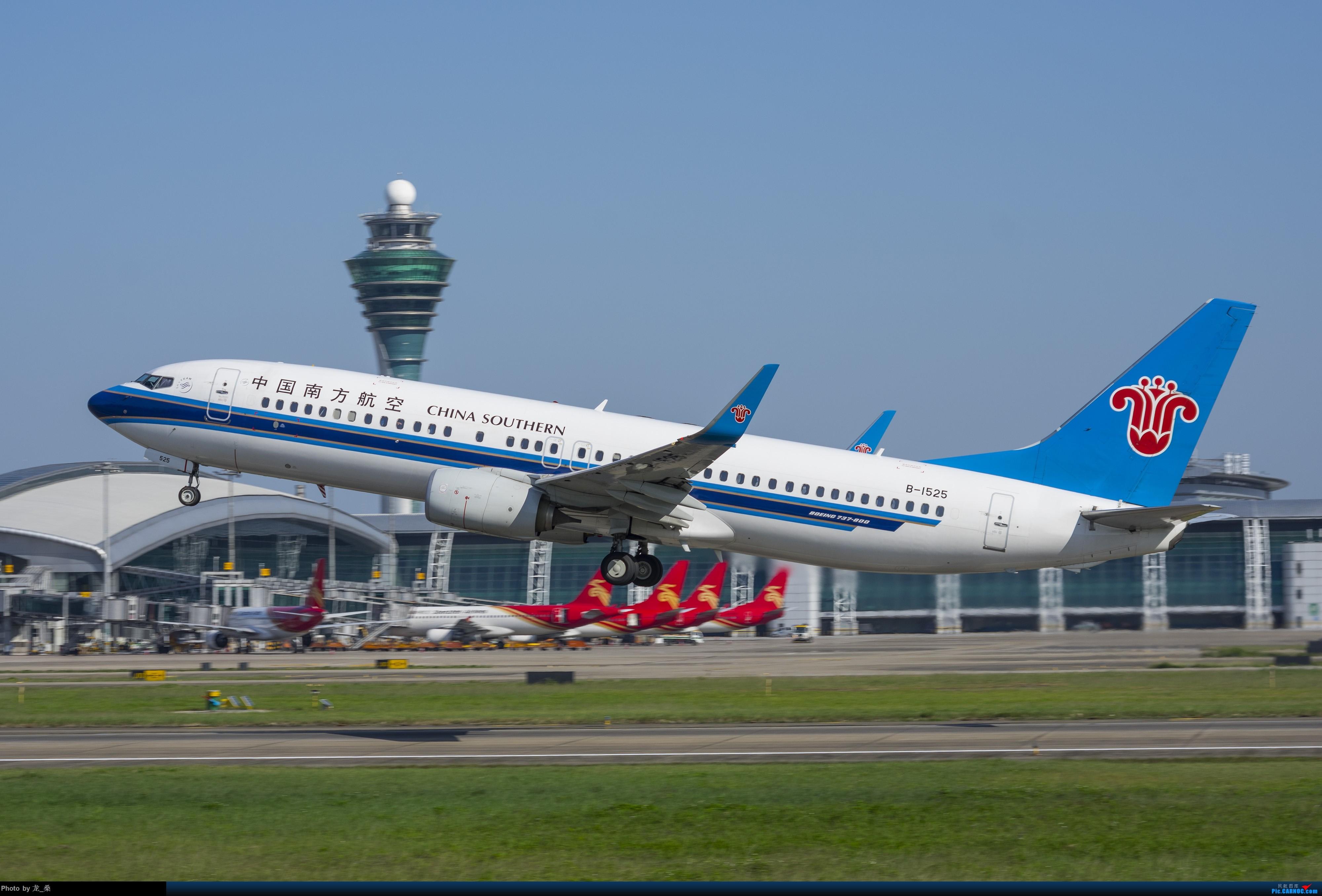 [原创]发一组CAN的旧图,我可能是论坛唯一宾得党了吧 BOEING 737-800 B-1525 中国广州白云国际机场