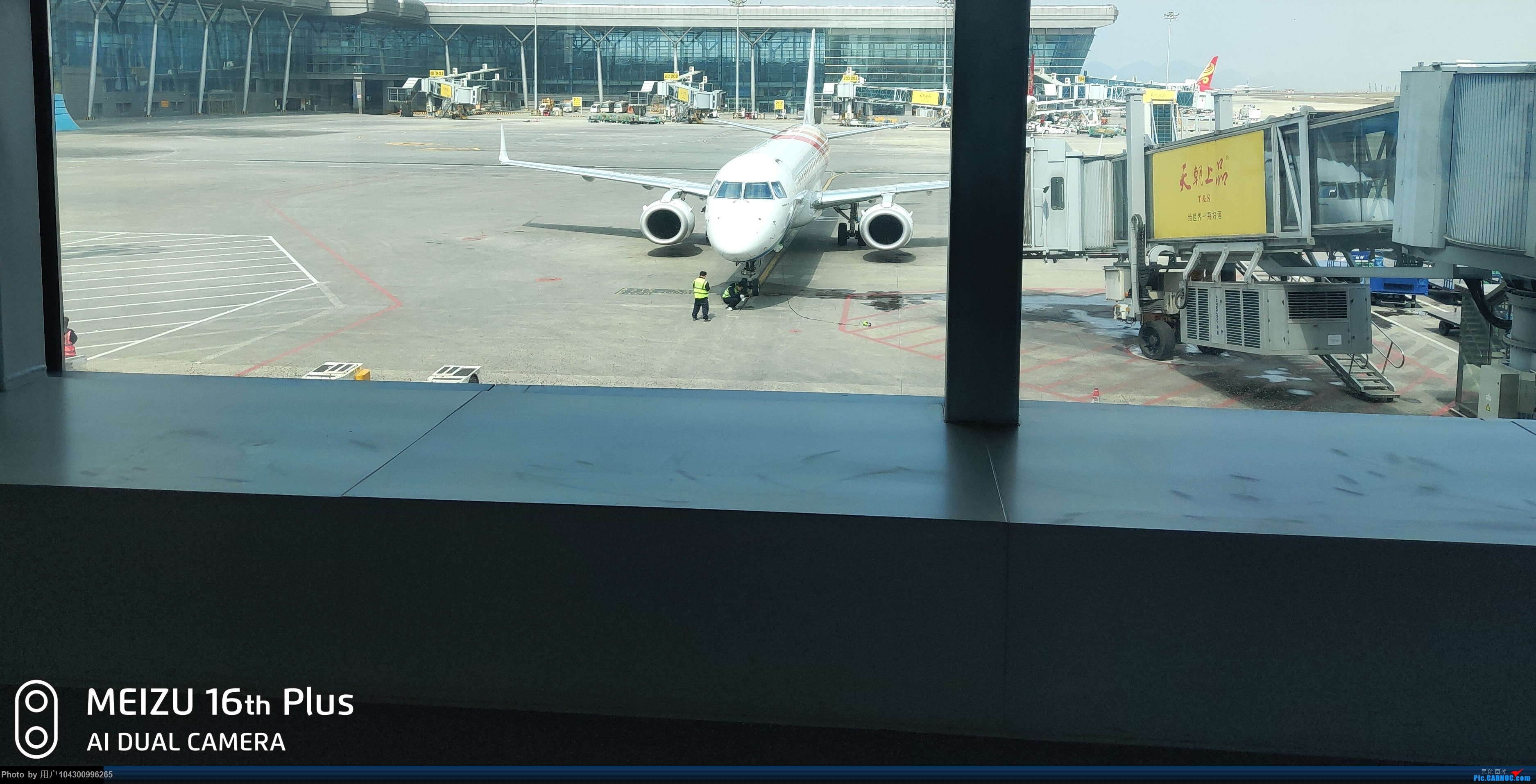 Re:[原创]囧途之贵阳--南京--杭州--贵阳 E190  中国贵阳龙洞堡国际机场