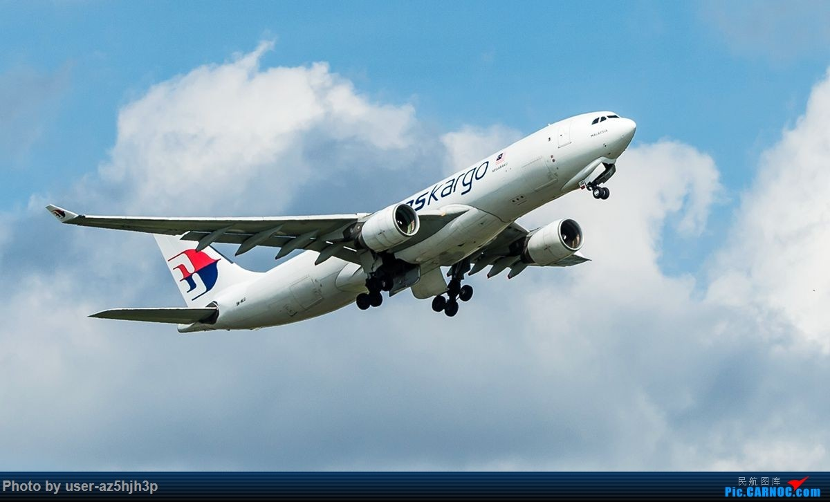 Re:[原创]南环路拍机所见 AIRBUS A330-200 9M-MUD 香港国际机场