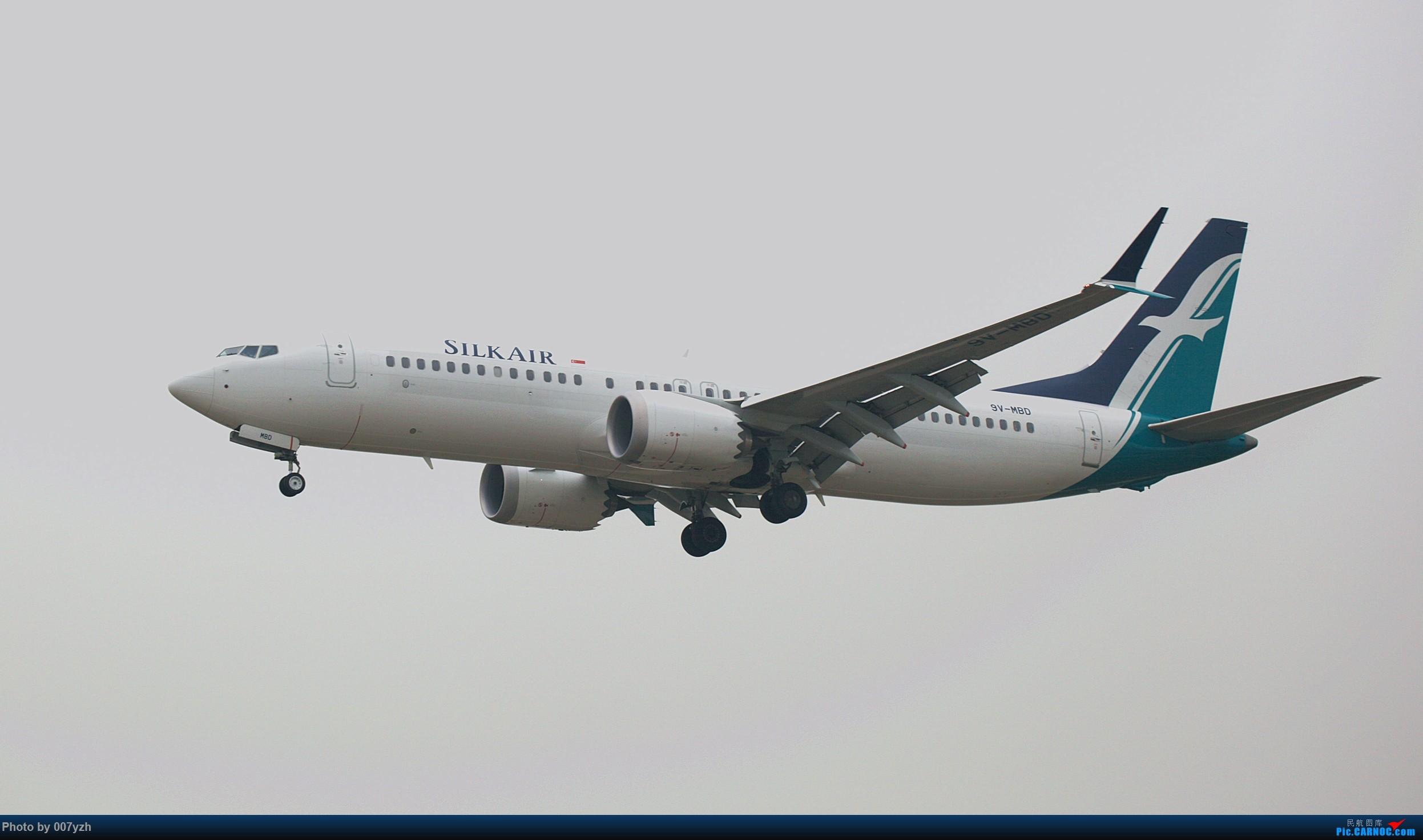 [原创]望MAX早日重新飞向蓝天 737-800MAX  中国武汉天河国际机场