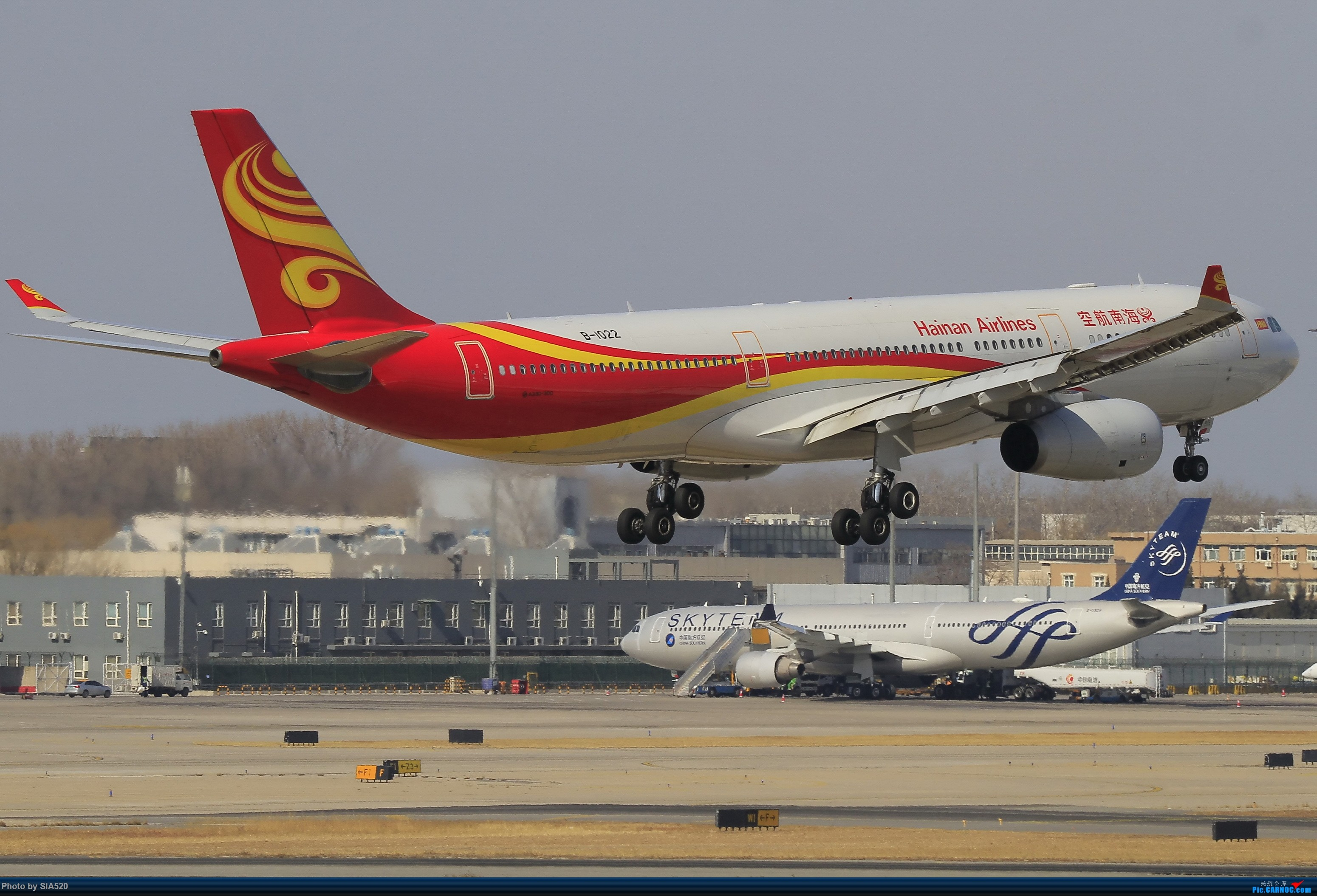Re:[原创]近日杂图—pek 36R AIRBUS A330-300 B-1022 中国北京首都国际机场