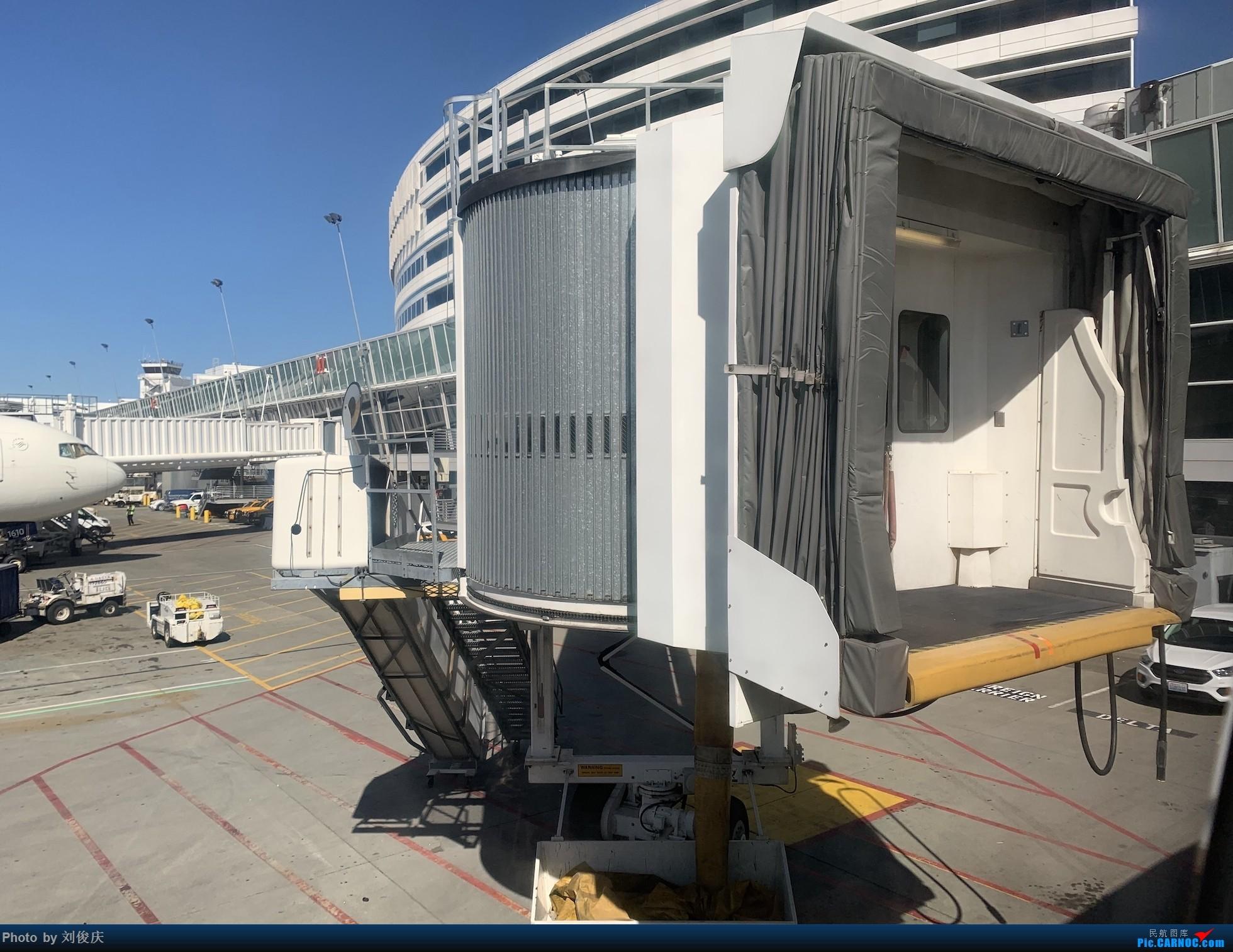 Re:[原创]SEA-LHR-CDG-FCO 8天3国5城暴走游记 SEATTLE TACOMA INTERNATIONAL AIRPORT  SEA