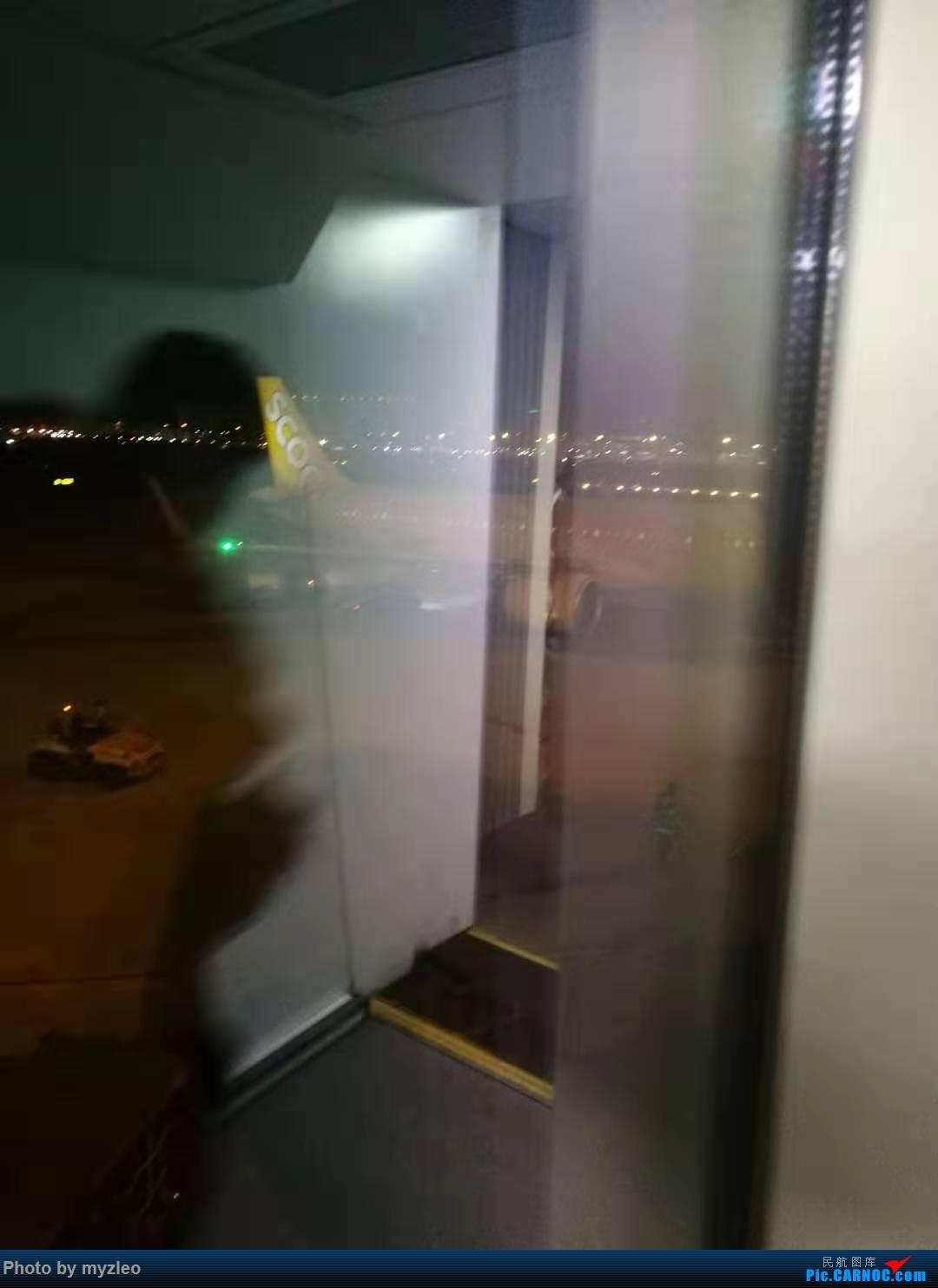 Re:[原创]【myzleo的游记4.1】十年之约(1)不完整的去程——HX239,HNA初体验,与心爱的359失之交臂;港岛+九龙 AIRBUS A320-200  中国香港国际机场