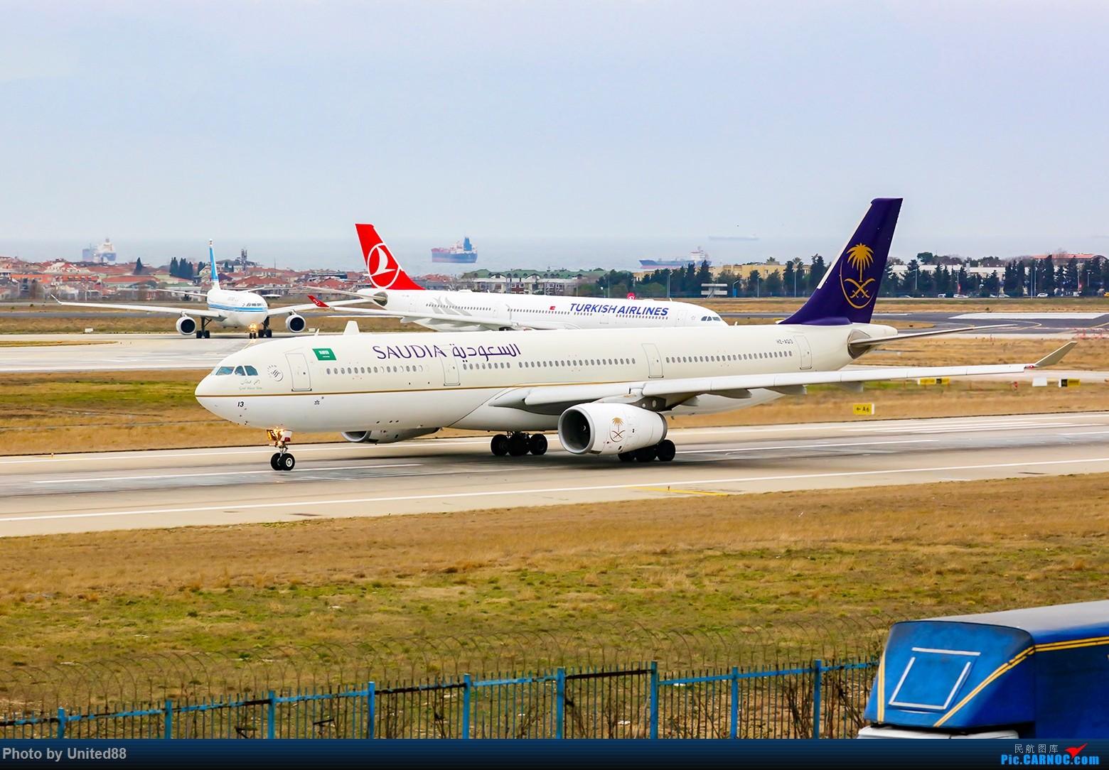[原创]3.30 3 A330-300 AIRBUS A330-300 HZ-AQ13 土耳其伊斯坦布尔阿塔图尔克机场