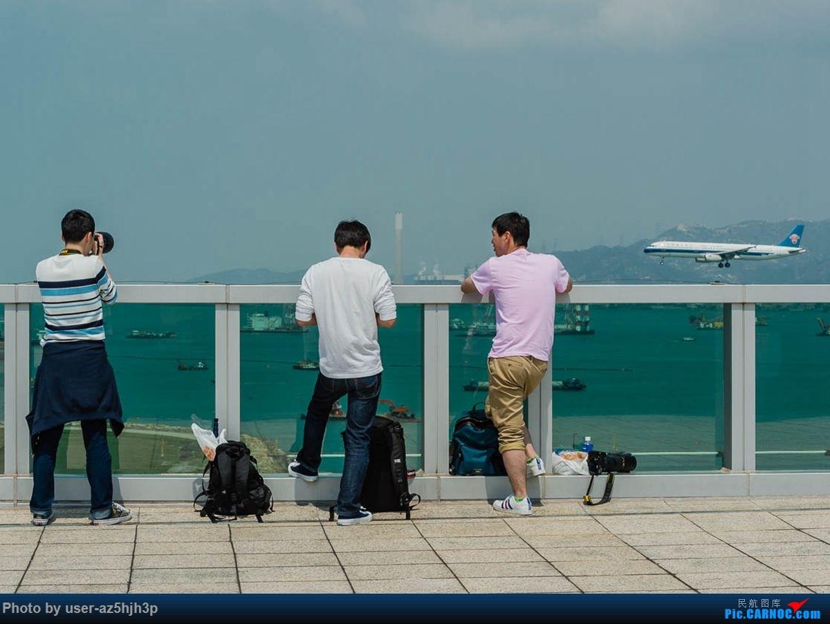 Re:[原创]2号客运大厅观景台拍机     飞友