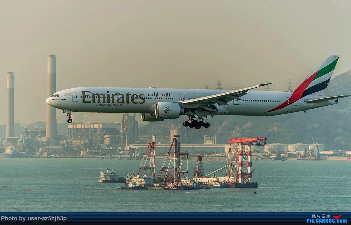 Re:[原创]2号客运大厅观景台拍机 BOEING 777-300ER A6-ECZ 香港国际机场