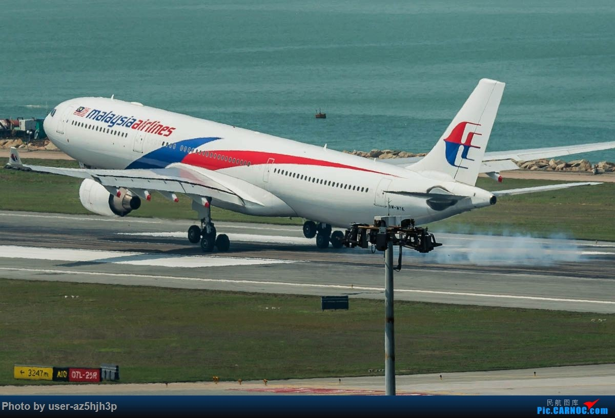 Re:[原创]2号客运大厅观景台拍机 AIRBUS A330-300 9M-MTK 香港国际机场