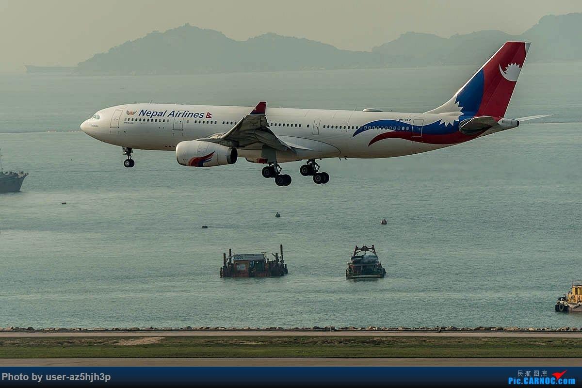 Re:[原创]2号客运大厅观景台拍机 AIRBUS A330-200 9N-ALZ 香港国际机场