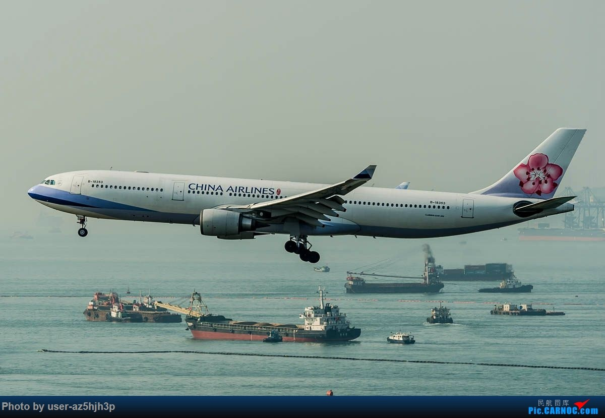 Re:[原创]2号客运大厅观景台拍机 AIRBUS A330-300 B-18353 香港国际机场