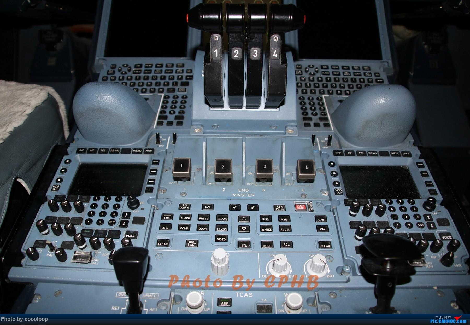 Re:好些年没来了!发了去年的游记帖子吧 PEK-CDG-VCE-DXB-PEK。法航 阿联酋航空混飞 A380驾驶舱 商务舱 头等舱 外场 A380-800 A6-EEC 中国北京首都国际机场