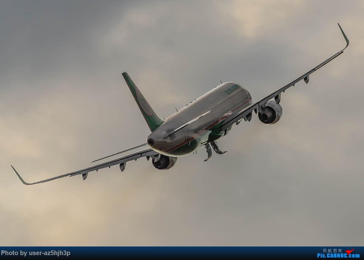 Re:[原创]小港拍机 AIRBUS A321-200 B-16217 高雄国际机场