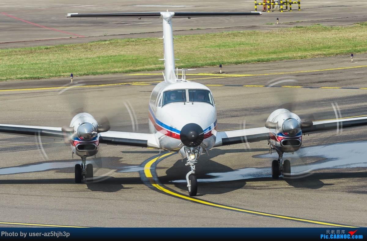 Re:[原创]小港拍机 比奇国王350ER B00101 高雄国际机场