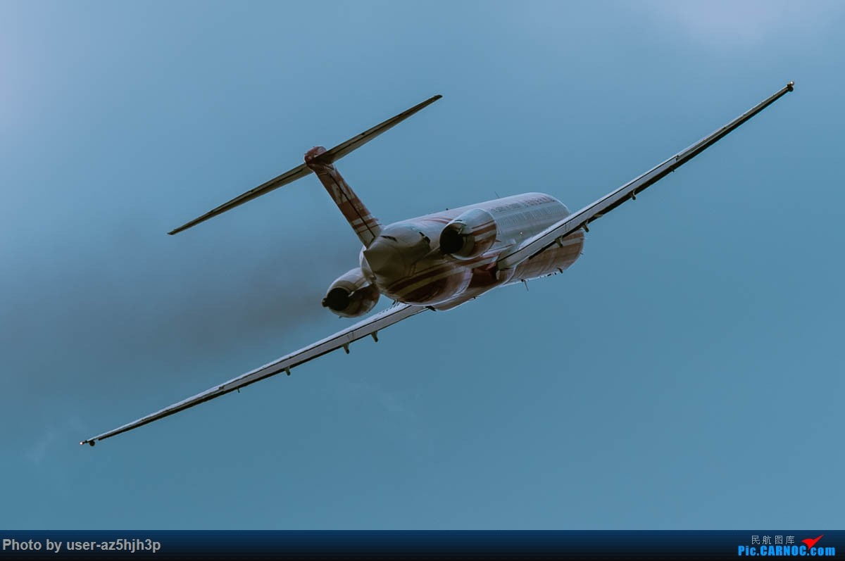 Re:[原创]小港拍机 MD-82 B-28037 高雄国际机场