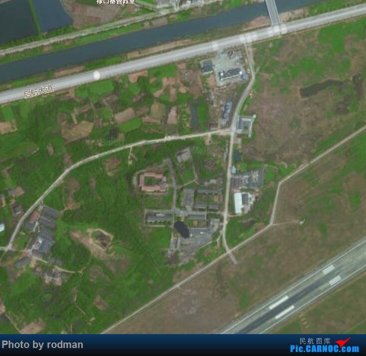 Re:[求助]南京禄口机场,拍机神位在哪儿?怎么走?求带路。