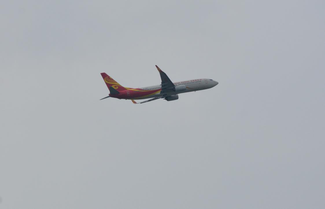 Re:[原创]南京禄口机场拍机 BOEING 737-800 B-7400
