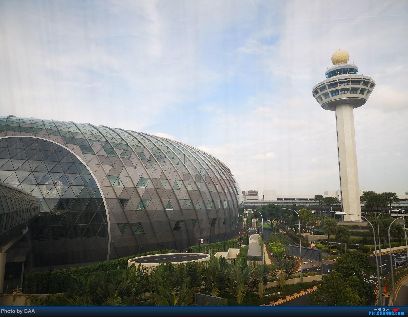 [原创]《带你去旅行》之新加坡之旅(下):星耀樟宜一日游后从新加坡经伊斯坦布尔新机场飞伦敦