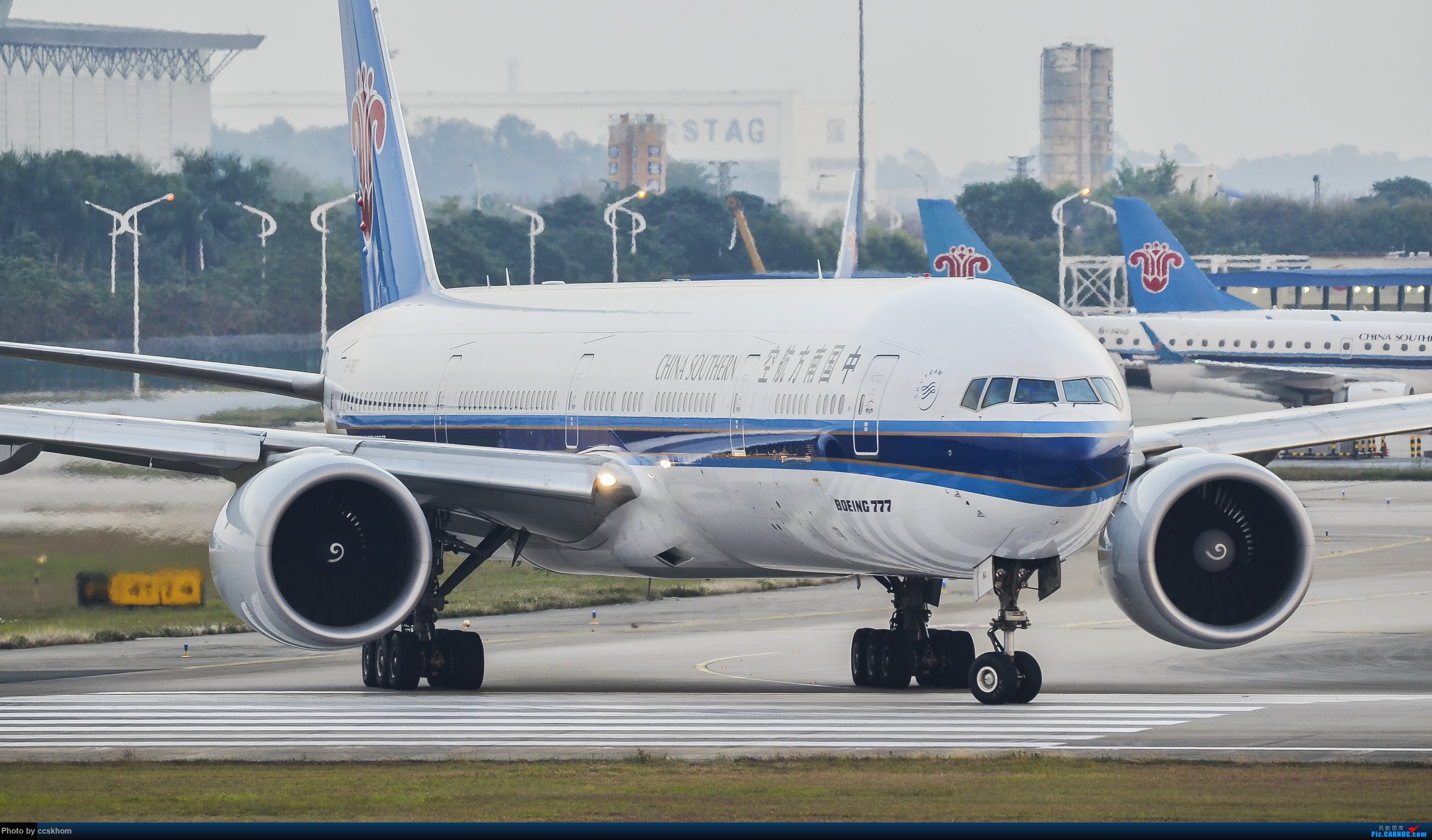 [原创]ZGGG的19端 BOEING 777-300ER B-7183 中国广州白云国际机场