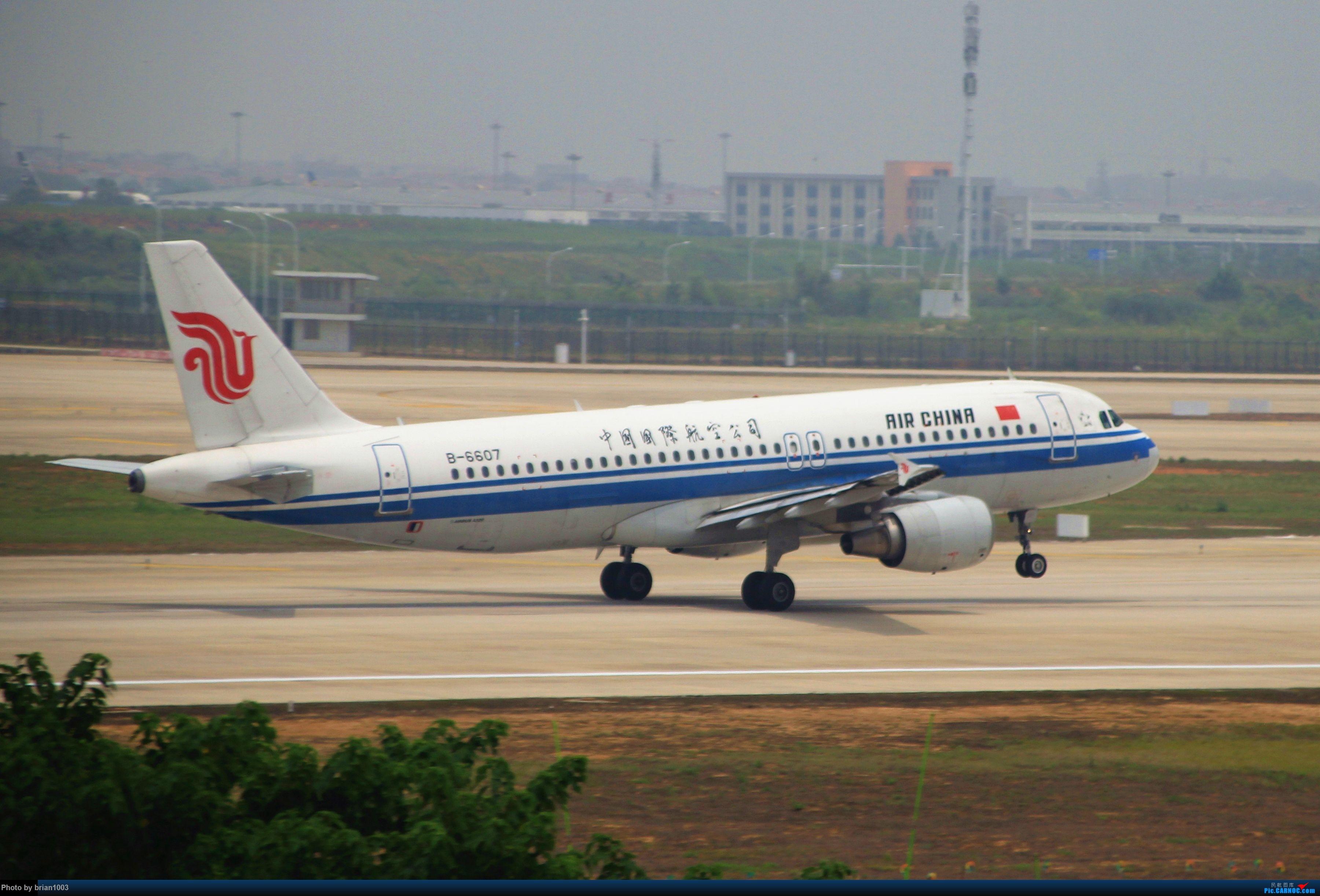 Re:[原创]WUH武汉天河机场拍机之二跑最后忙碌时 AIRBUS A320-200 B-6607 中国武汉天河国际机场
