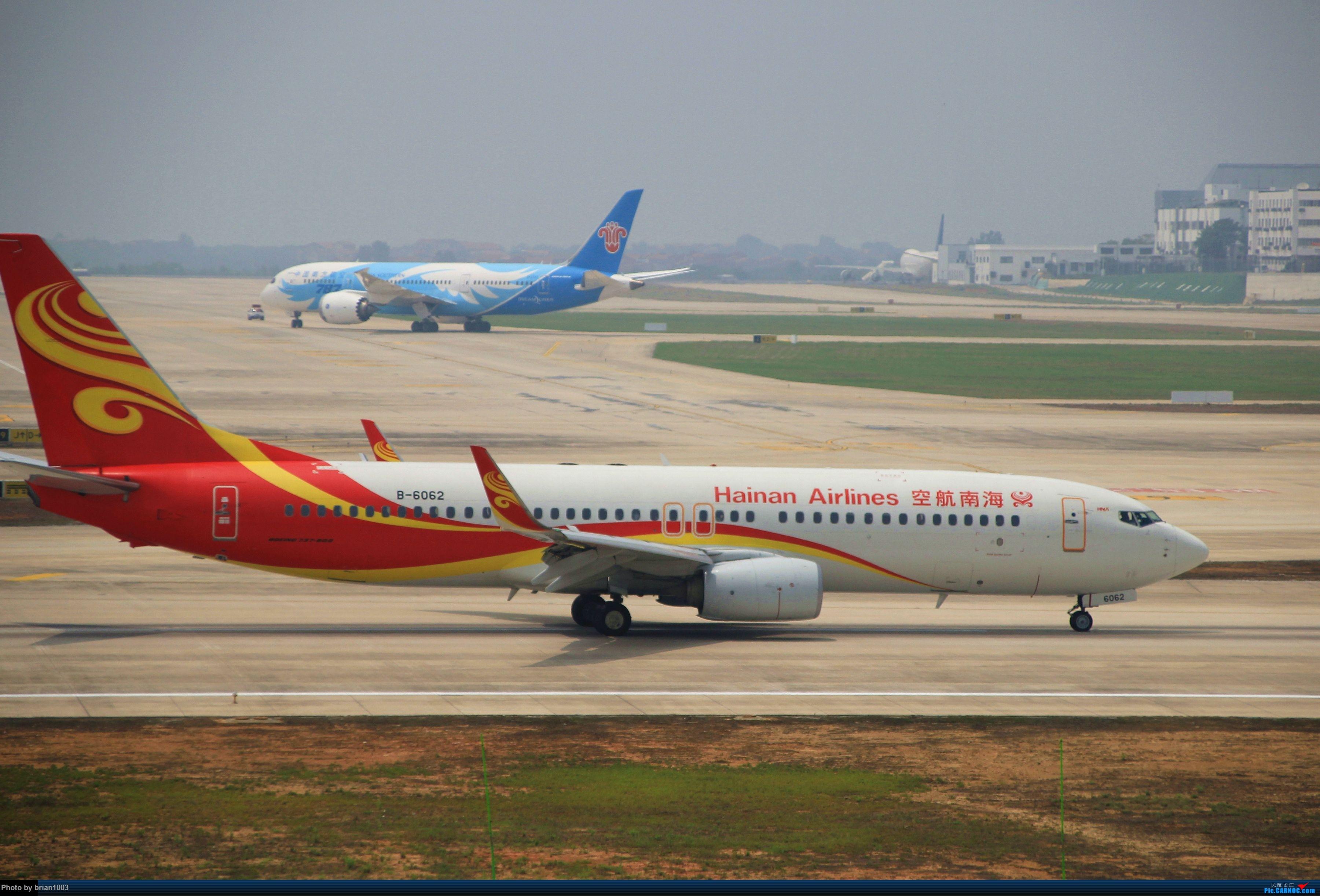Re:WUH武汉天河机场拍机之二跑最后忙碌时 BOEING 737-800 B-6062 中国武汉天河国际机场