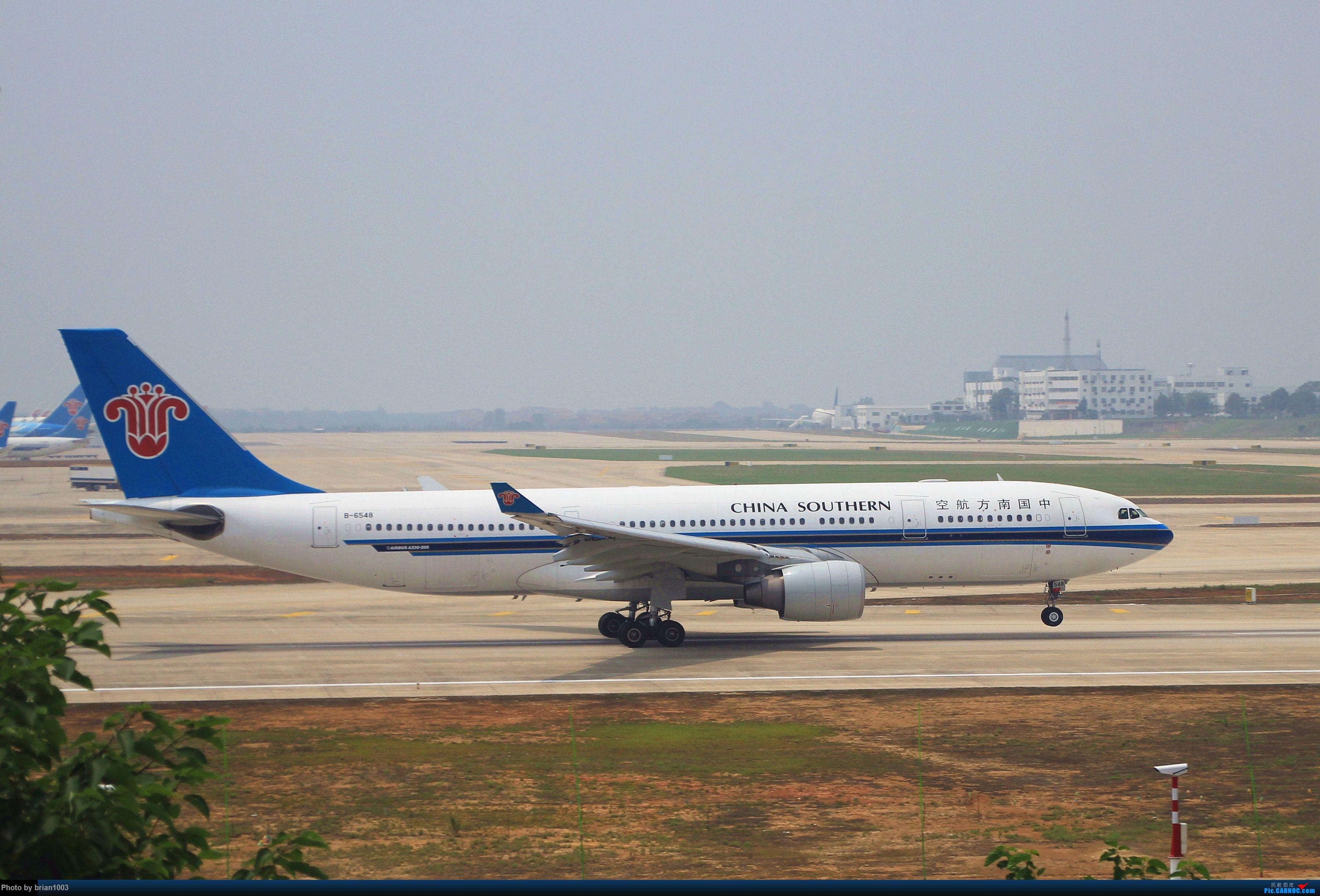 Re:[原创]WUH武汉天河机场拍机之二跑最后忙碌时 AIRBUS A330-200 B-6548 中国武汉天河国际机场