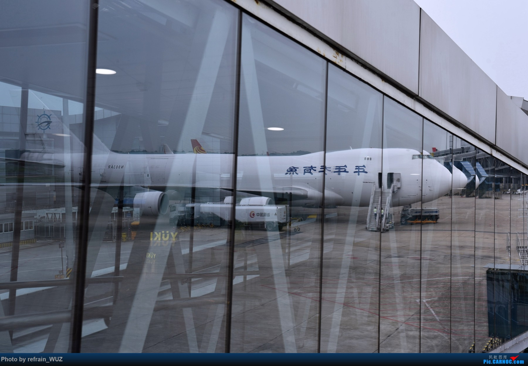 Re:[原创]发张罕见的大机机 BOEING 747-400 N903AR
