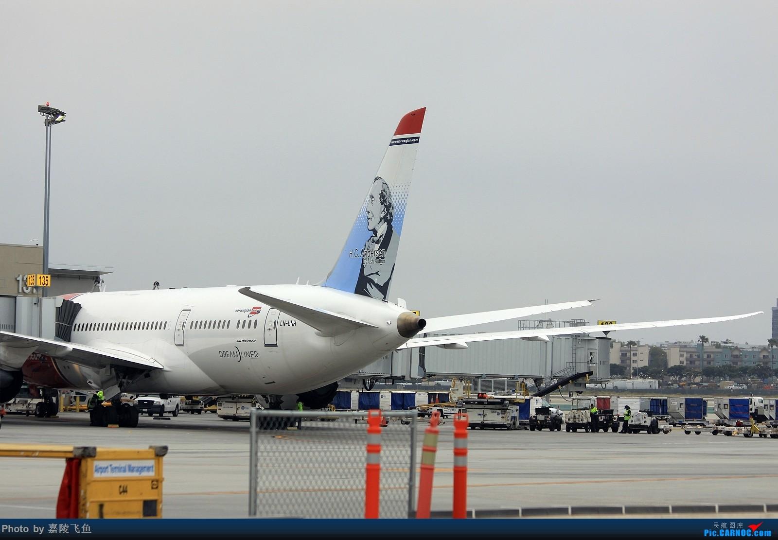 Re:[原创]洛杉矶机场拍飞机 BOEING 787-8 LN-LNH 美国洛杉矶机场