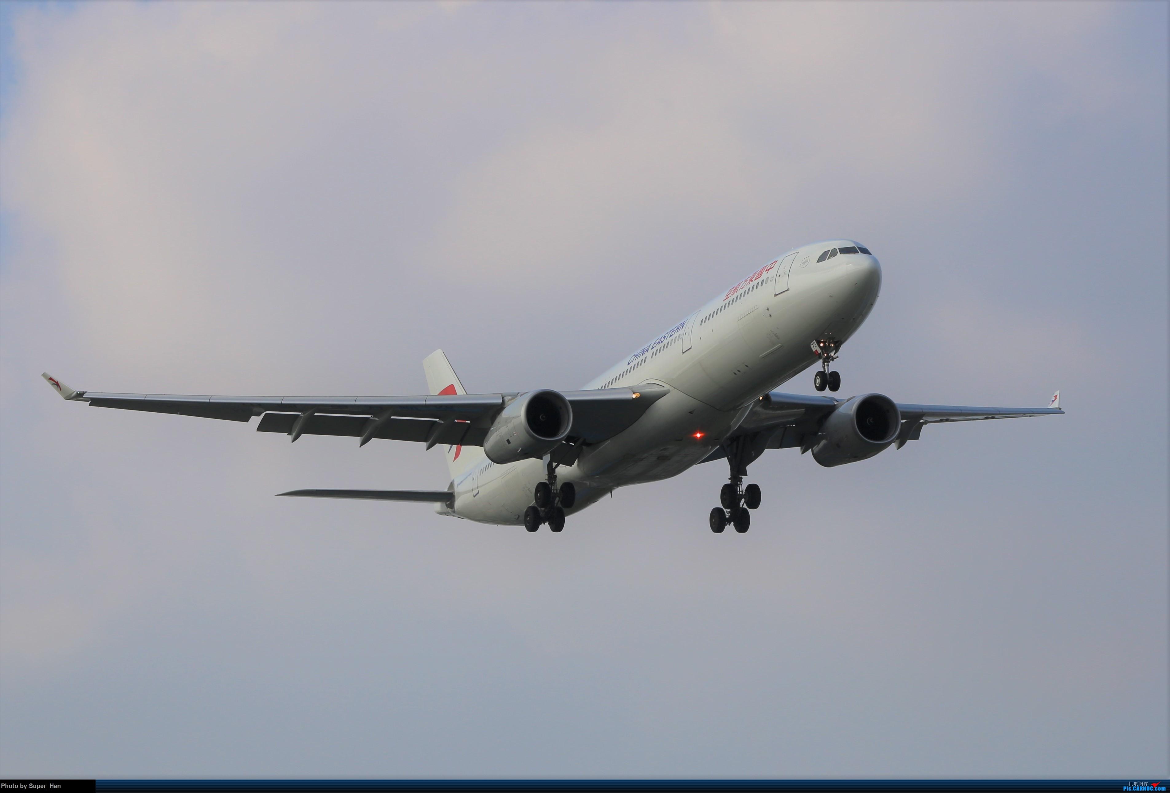 Re:[原创]0715去虹桥说走就走【最多的330篇】 AIRBUS A330-300 B-1073 中国上海虹桥国际机场