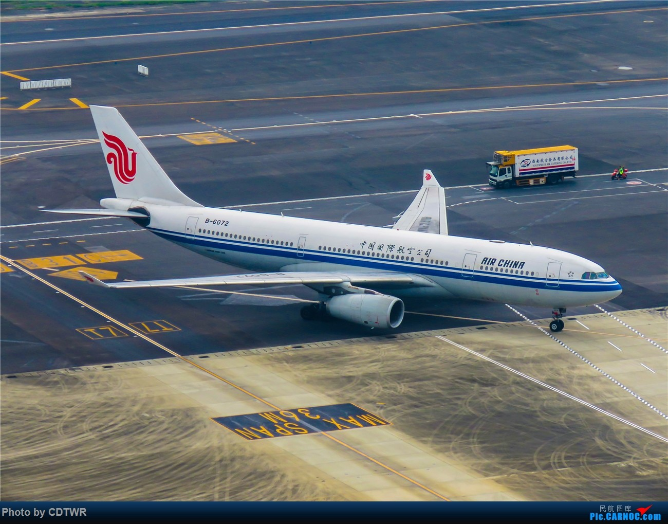 Re:[原创]换个角度拍机 成都塔台解锁 AIRBUS A330-200 B-6072 中国成都双流国际机场