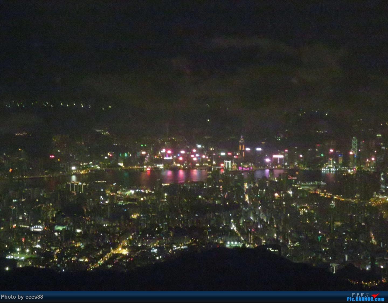 Re:空中鸟瞰香港夜景    中国香港国际机场