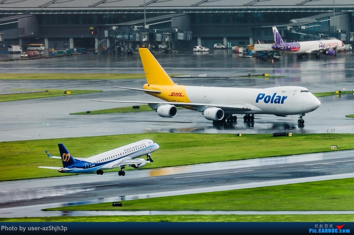 Re:[原创]飞机几片 EMBRAER ERJ-190 B-16829 香港国际机场