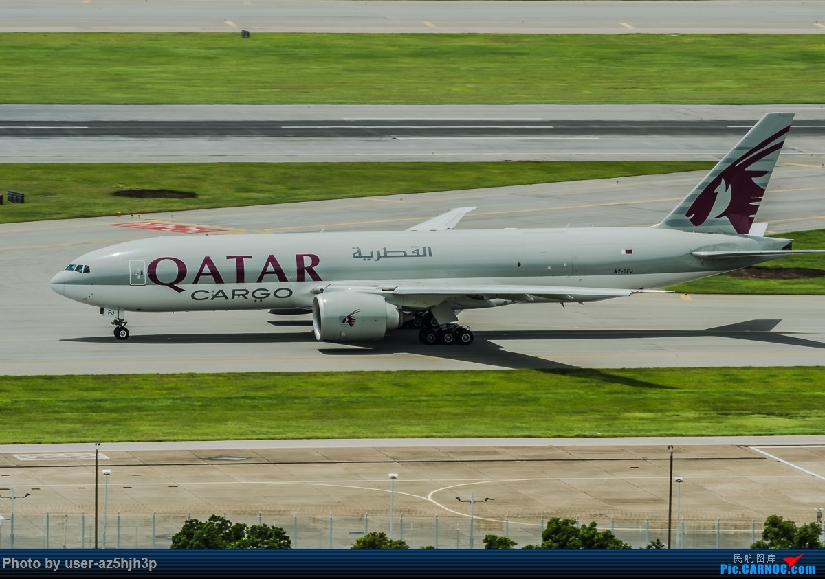 Re:[原创]飞机几片 BOEING 777F A7-BFJ 香港国际机场