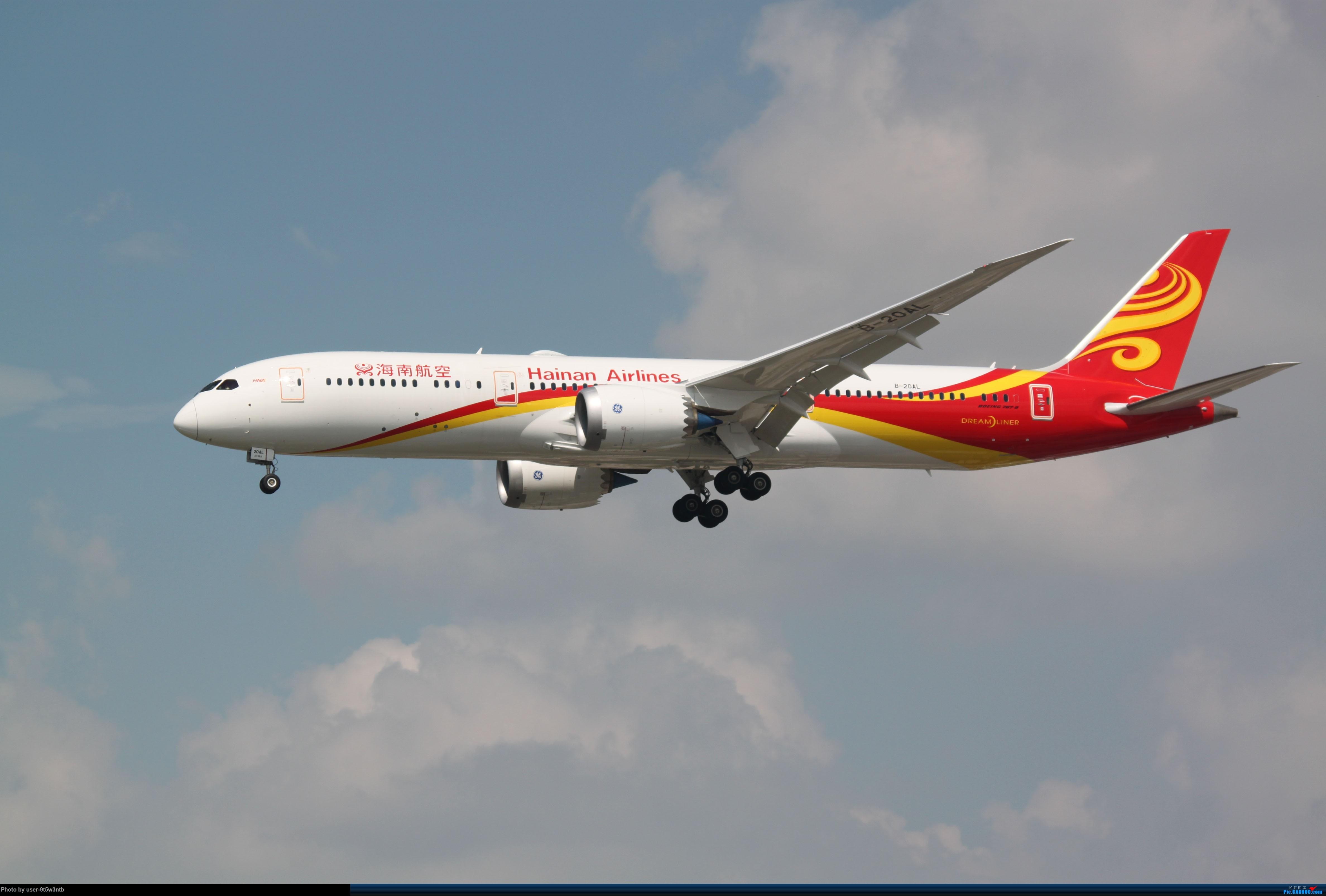 [原创]虹桥机场炎热的早晨 BOEING 787-9 B-20AL 中国上海虹桥国际机场