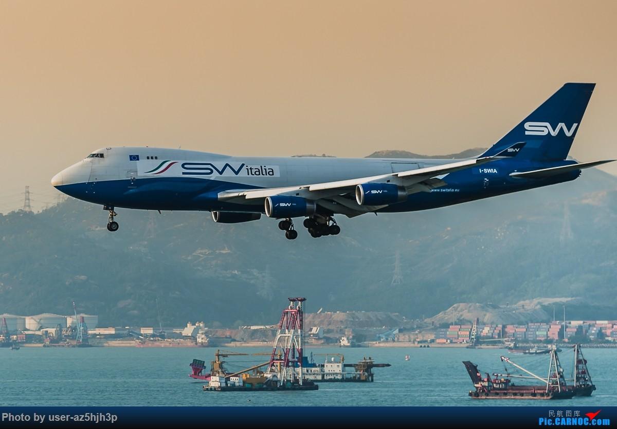 Re:[原创]无题 BOEING 747-400 I-SWIA 香港国际机场