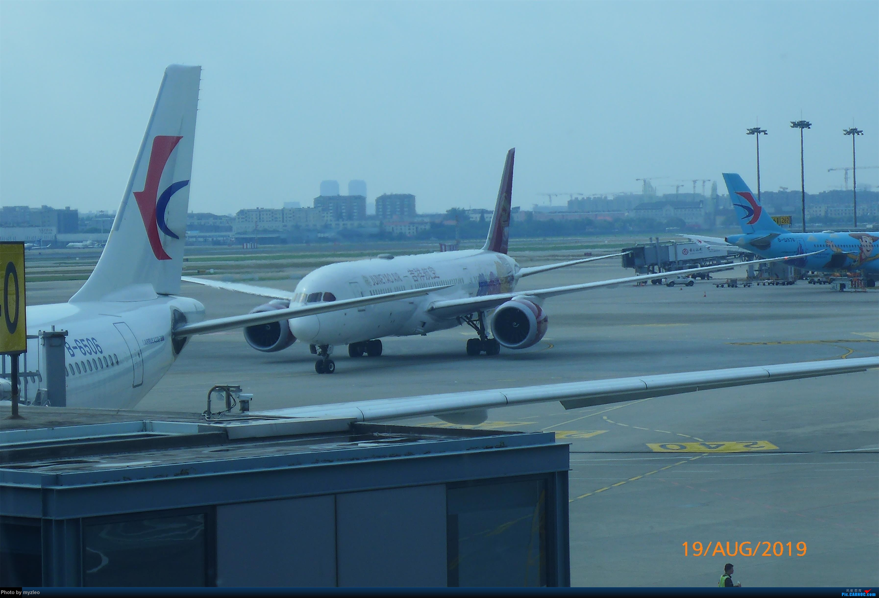 Re:[原创]【myzleo的游记5.1】梦圆一九(1)首搭国航359,北京城里到处走 BOEING 787-9 B-1115 中国上海虹桥国际机场