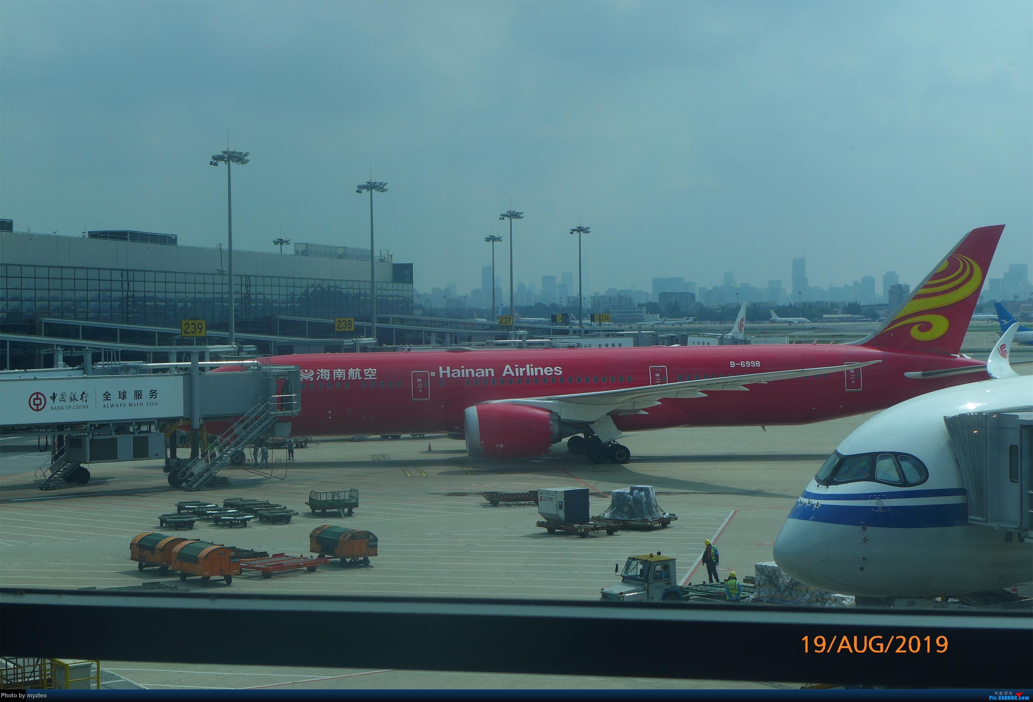Re:[原创]【myzleo的游记5.1】梦圆一九(1)首搭国航359,北京城里到处走 BOEING 787-9 B-6998 中国上海虹桥国际机场