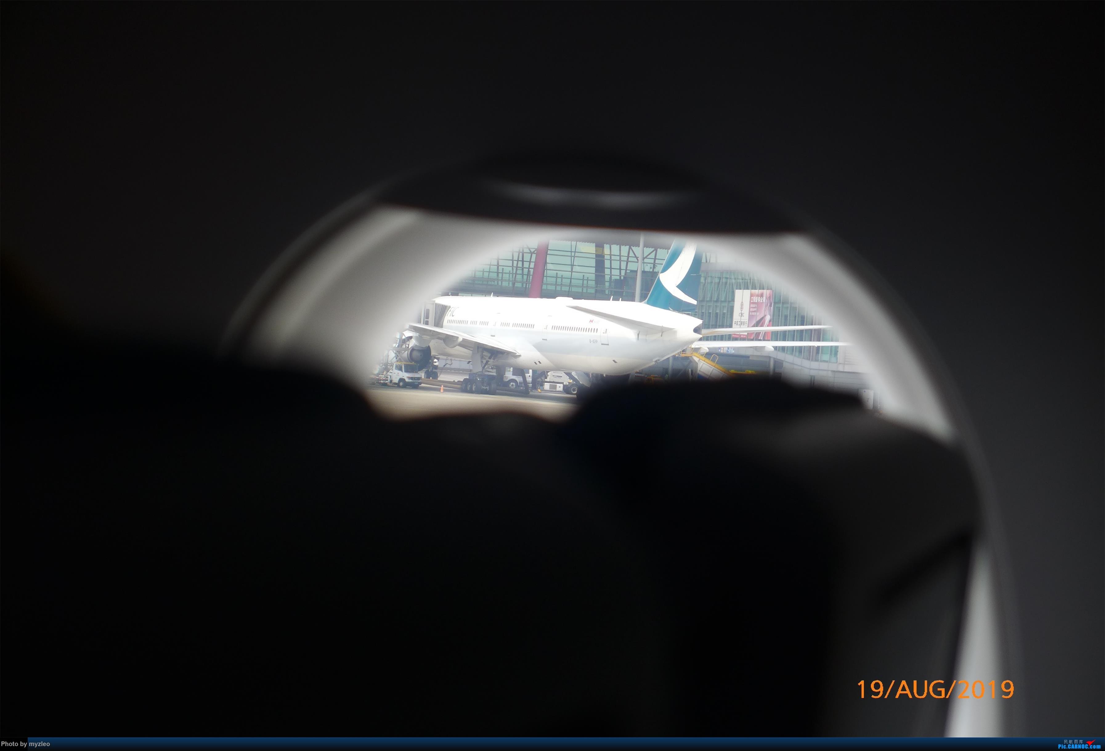 Re:[原创]【myzleo的游记5.1】梦圆一九(1)首搭国航359,北京城里到处走 BOEING 777-300ER B-KPP 中国北京首都国际机场