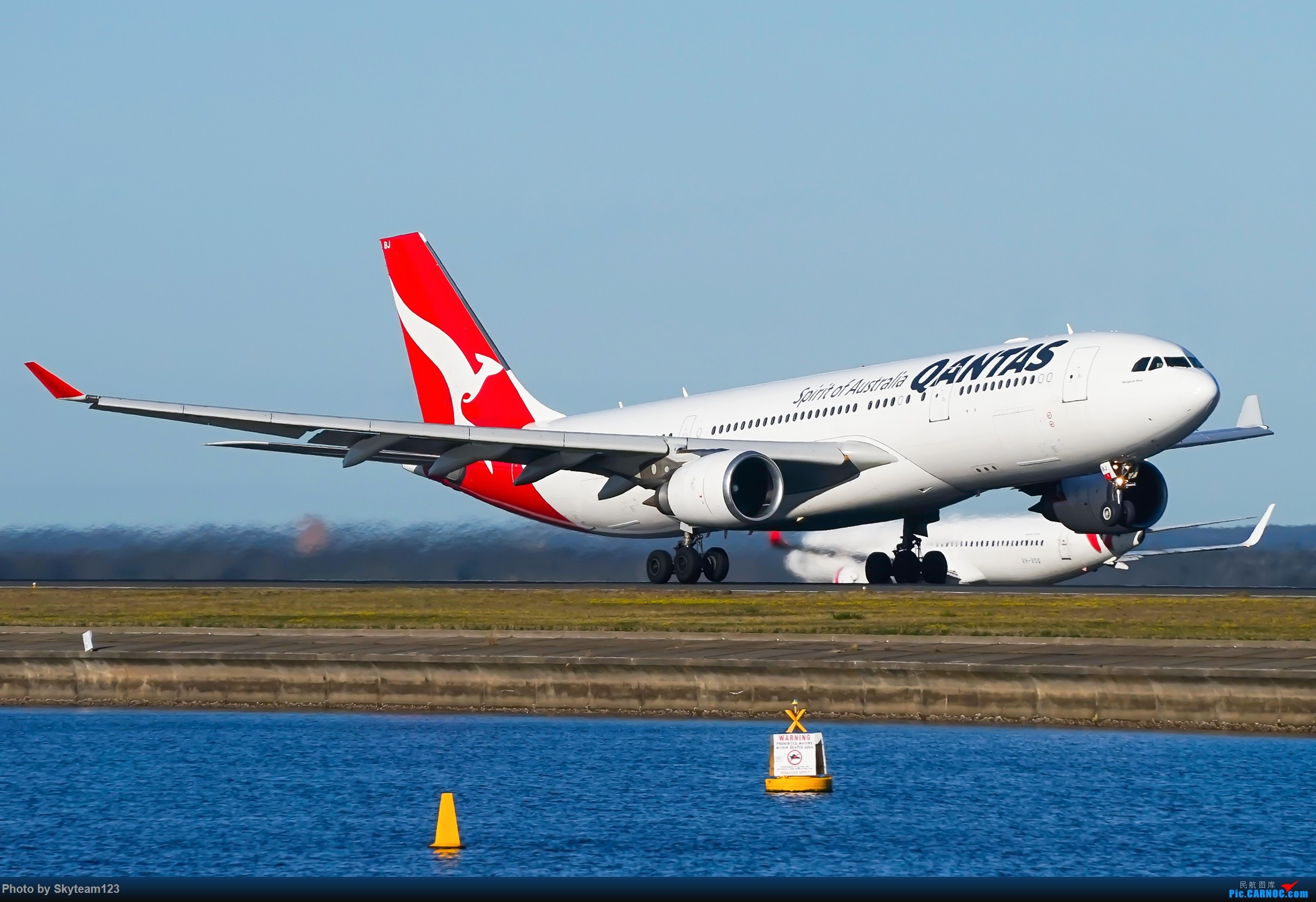Re:[原创]【SYD】近期宽体精选杂图 AIRBUS A330-200 VH-EBJ 澳大利亚悉尼金斯福德·史密斯机场