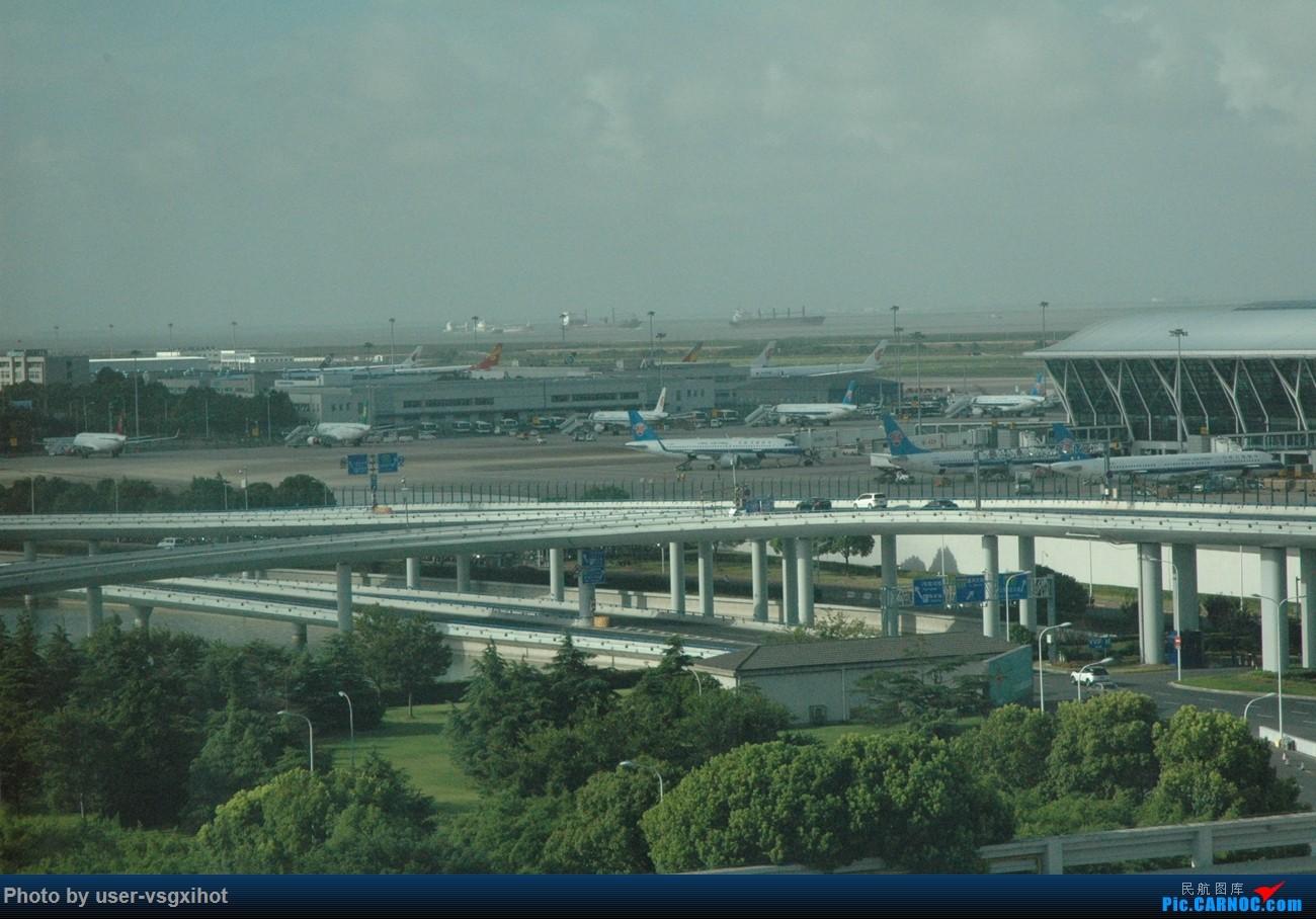 Re:[原创]【Hans游记(6)出埃及记】(PART 1)经阿航转机初识埃及,40度高温下の开罗一日游    中国上海浦东国际机场