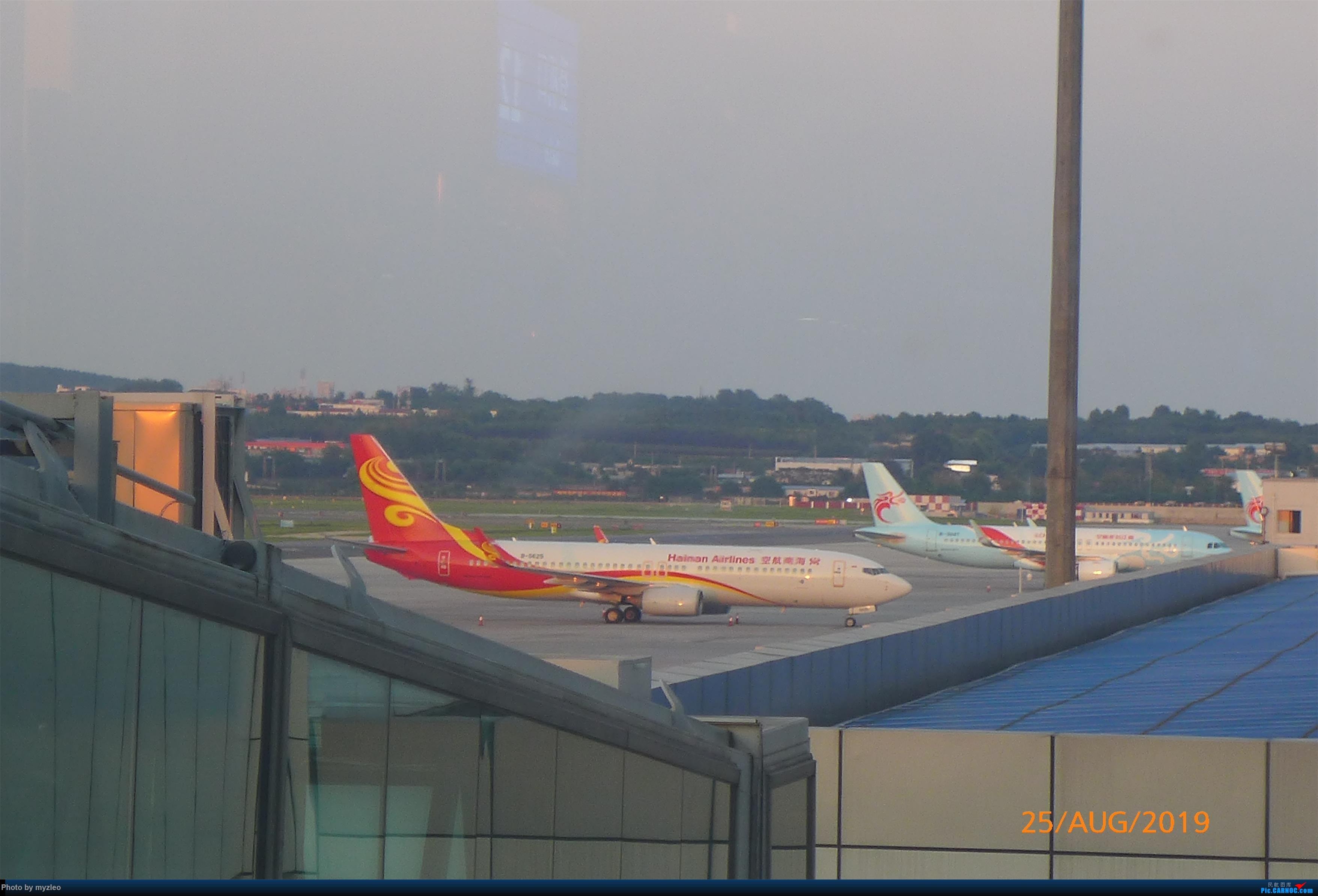 Re:[原创]【myzleo的游记5.3】在大连各景点穿梭不停,坐东航319返回上海 BOEING 737-800 B-5429 中国大连国际机场
