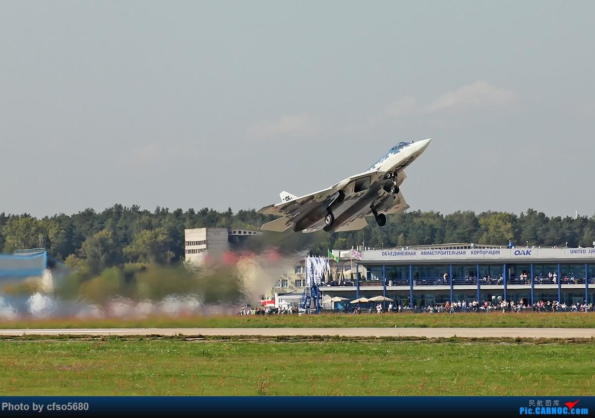 [原创]2019莫斯科航展-su57首次飞行展示 SU57 54 茹科夫斯基