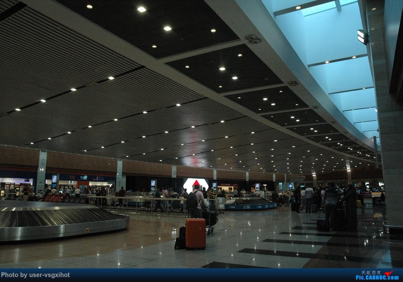 Re:[原创]【Hans游记(6)出埃及记】(PART 1)经阿航转机初识埃及,40度高温下の开罗一日游    埃及开罗国际机场