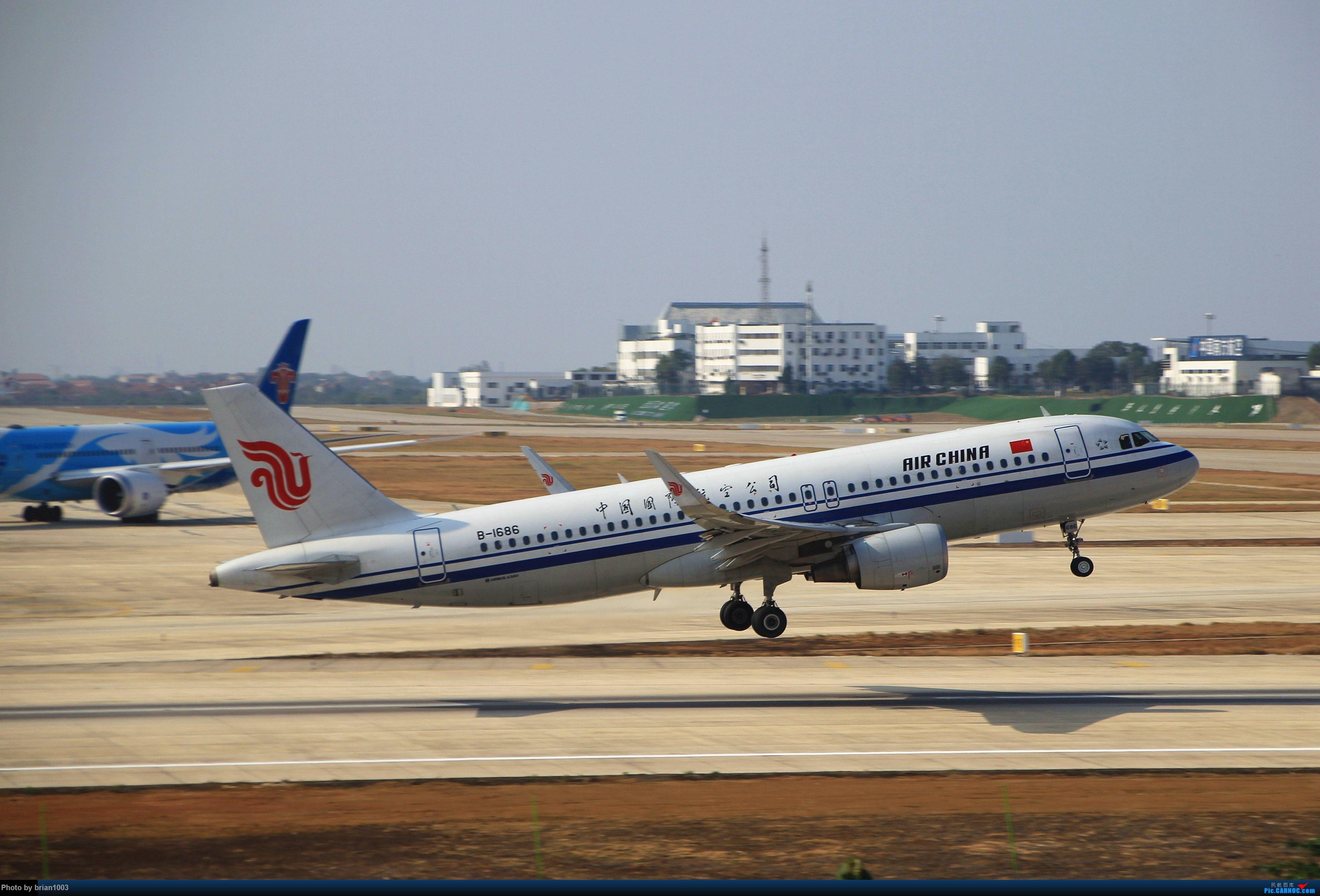 Re:[原创]WUH武汉天河机场拍机之精彩满满的十月(还可能更新) AIRBUS A320-200 B-1686 中国武汉天河国际机场